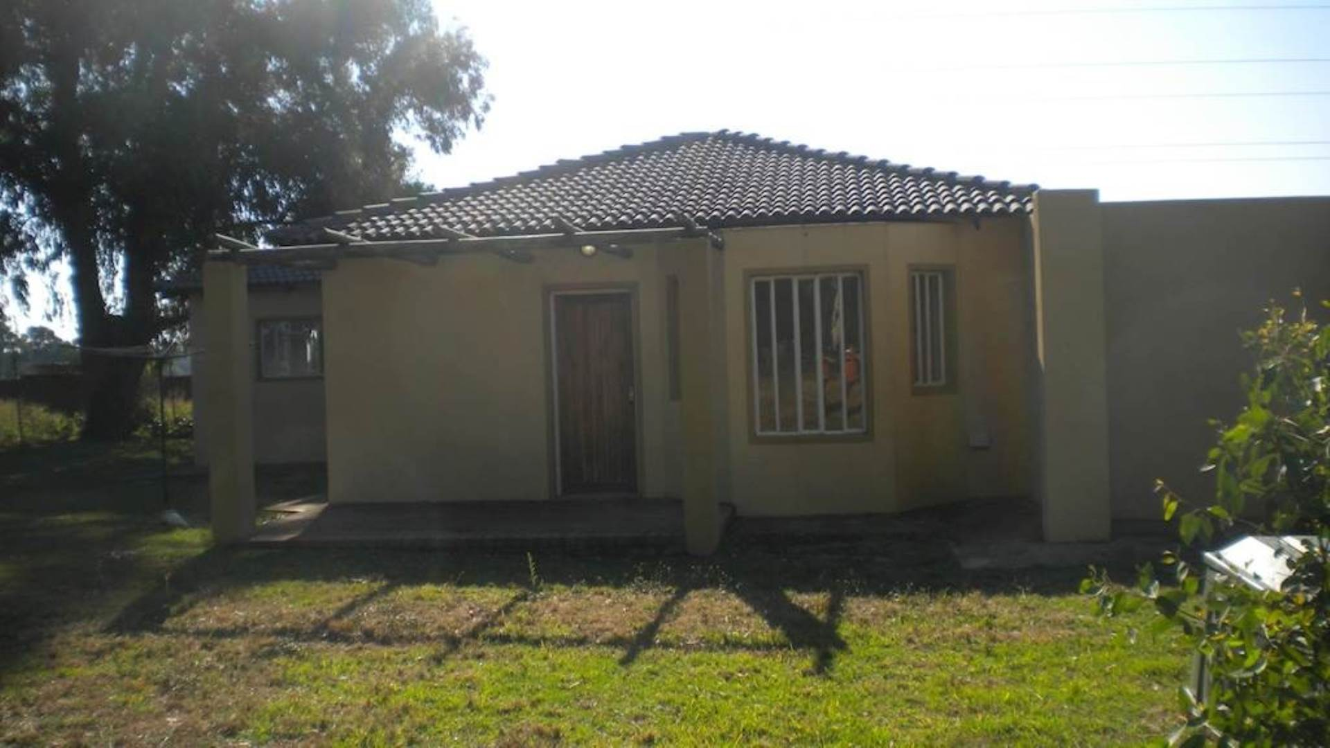 3 BedroomTownhouse To Rent In Benoni A H