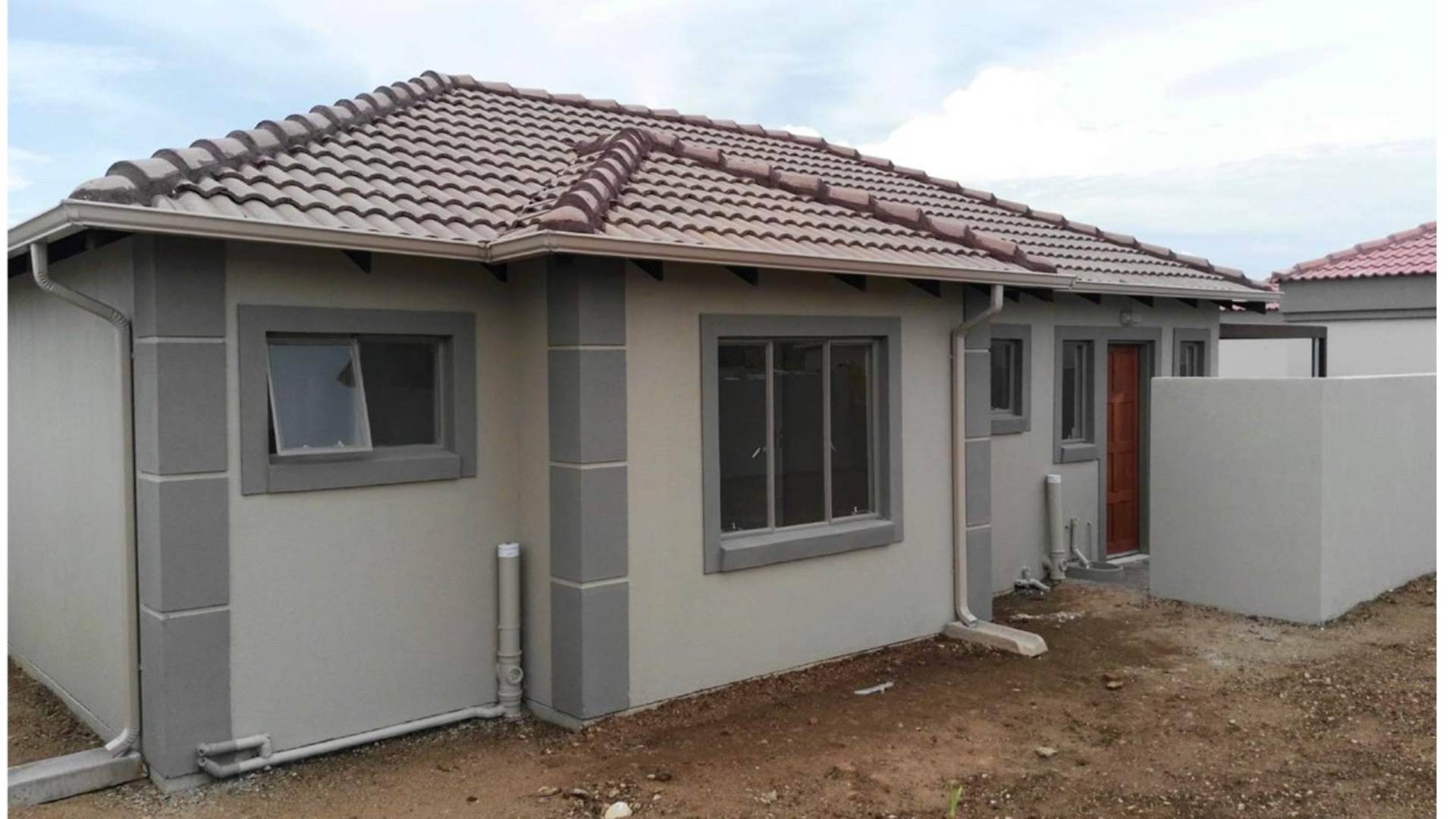 3 BedroomHouse For Sale In Heatherview