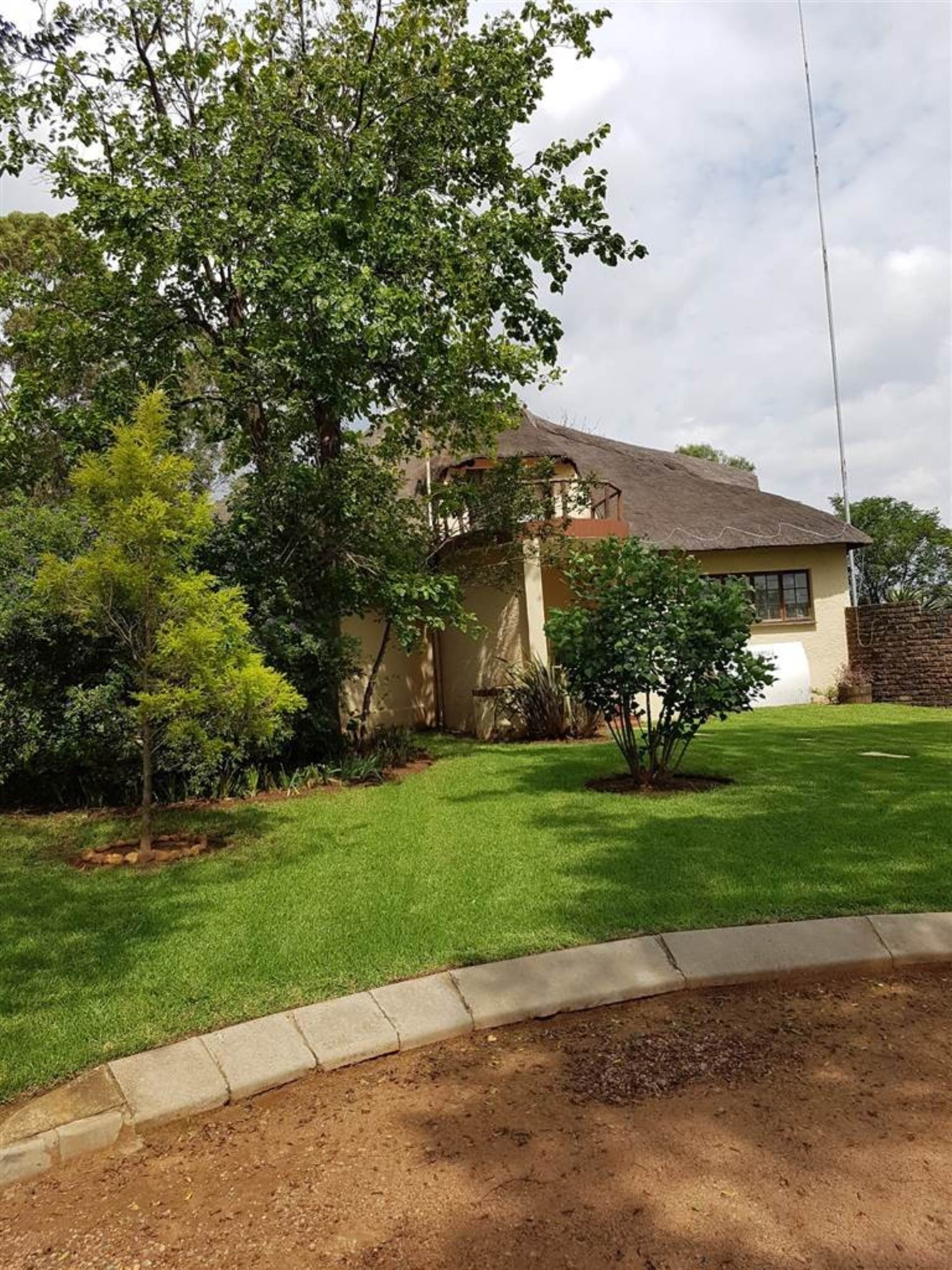 3 BedroomHouse To Rent In Benoni A H