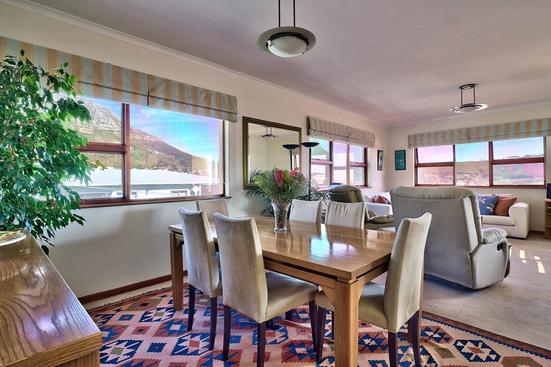 3 BedroomApartment For Sale In Vredehoek