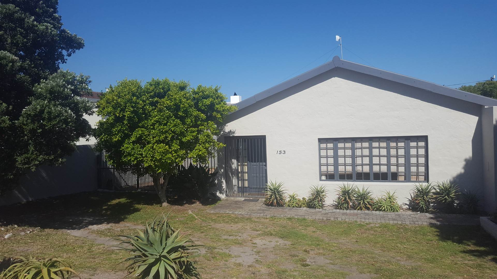3 BedroomHouse For Sale In Westcliff