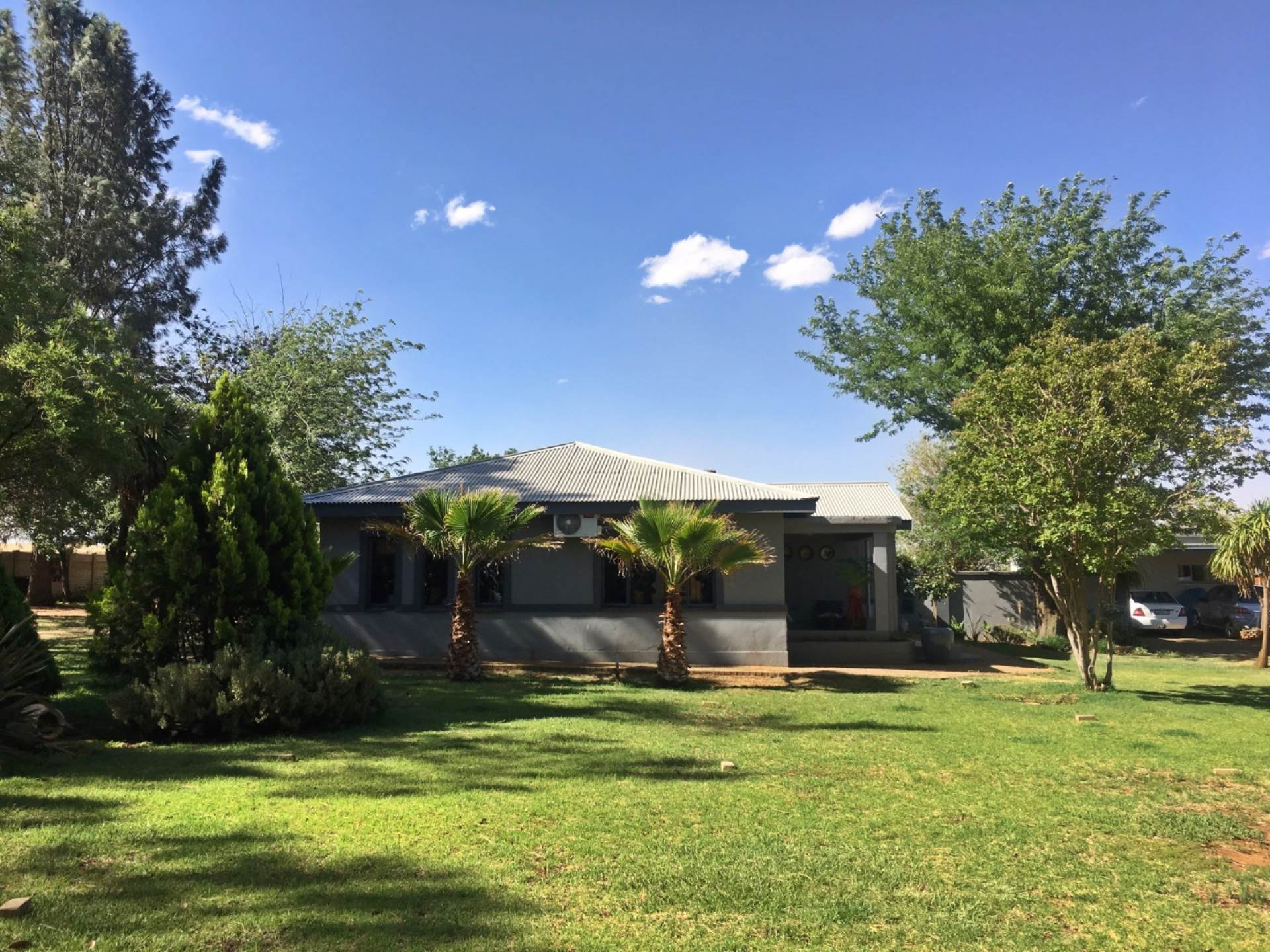 3 BedroomHouse For Sale In Kellys View