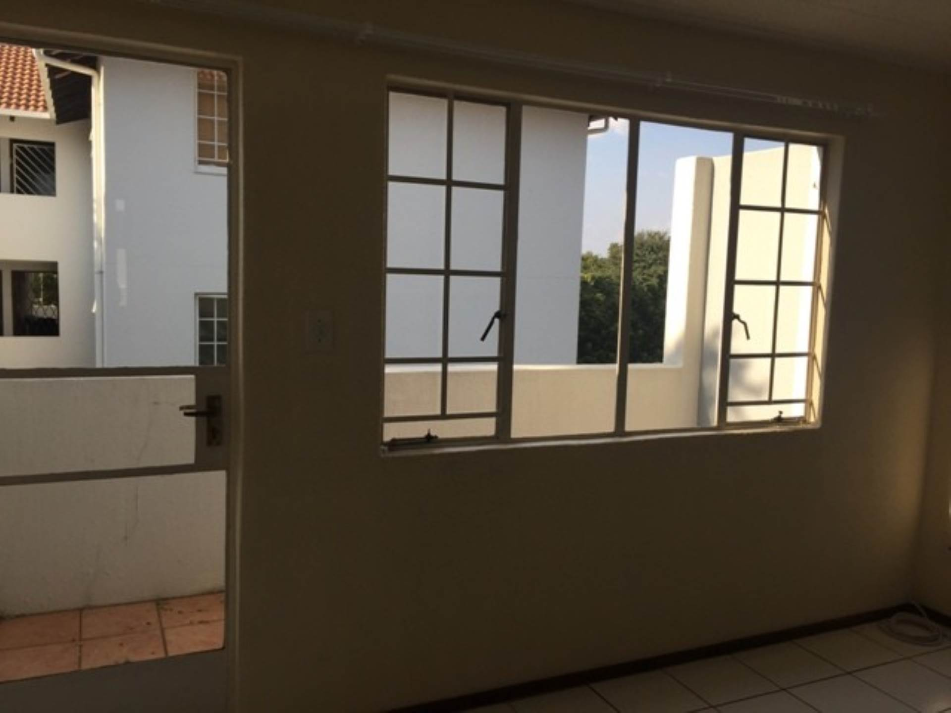 Groenkloof property to rent. Ref No: 13569658. Picture no 7