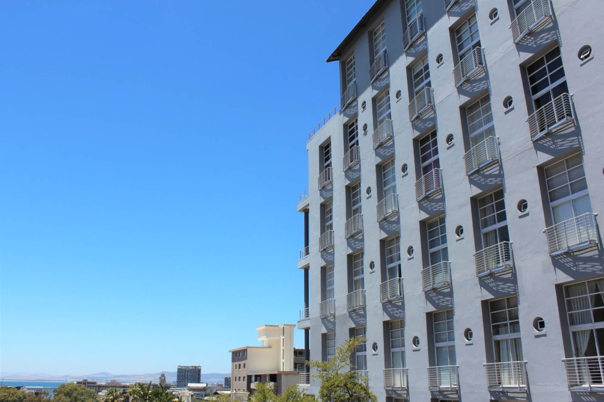 Green Point property for sale. Ref No: 13561762. Picture no 23