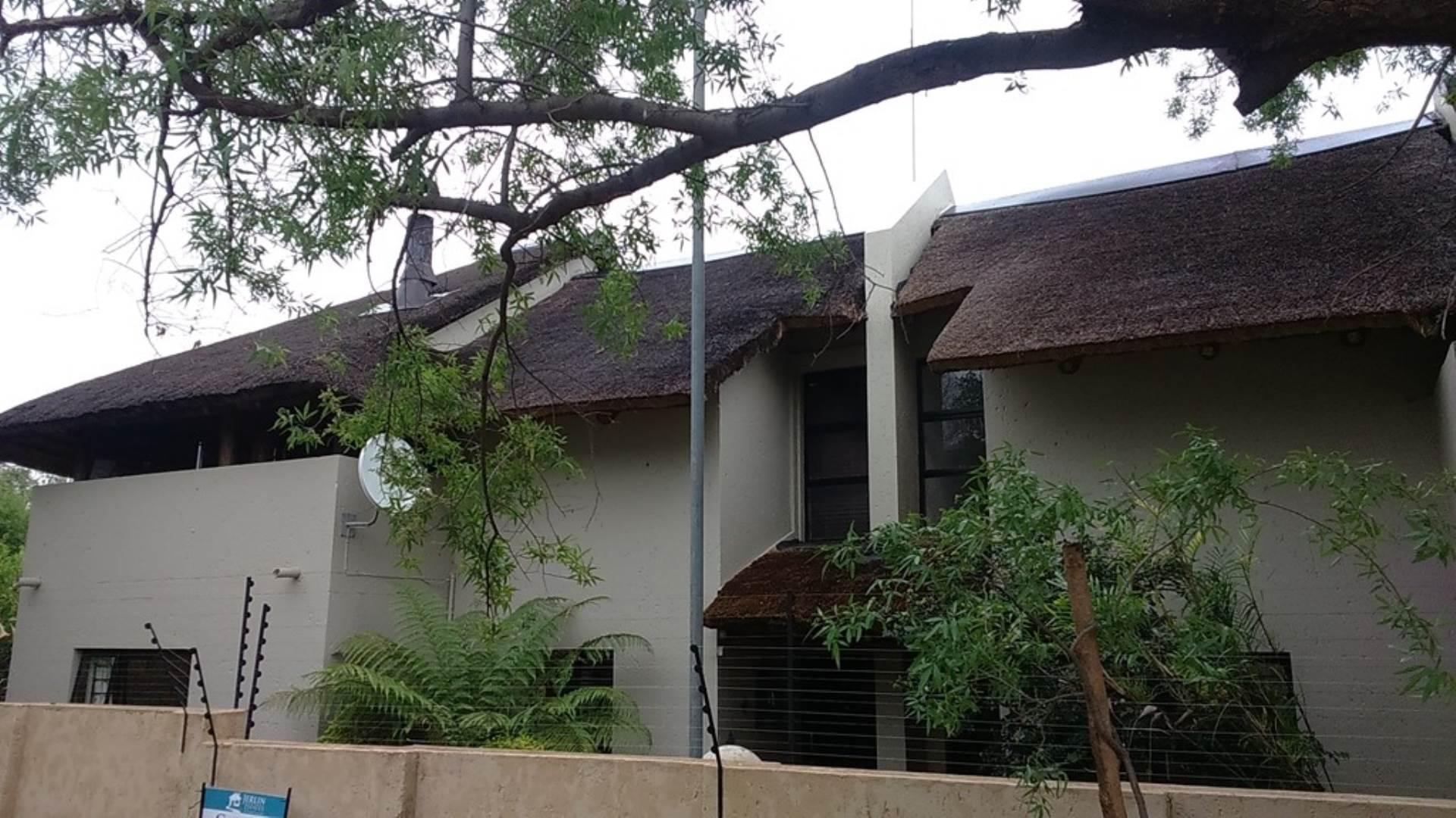 2 BedroomTownhouse To Rent In Sharonlea