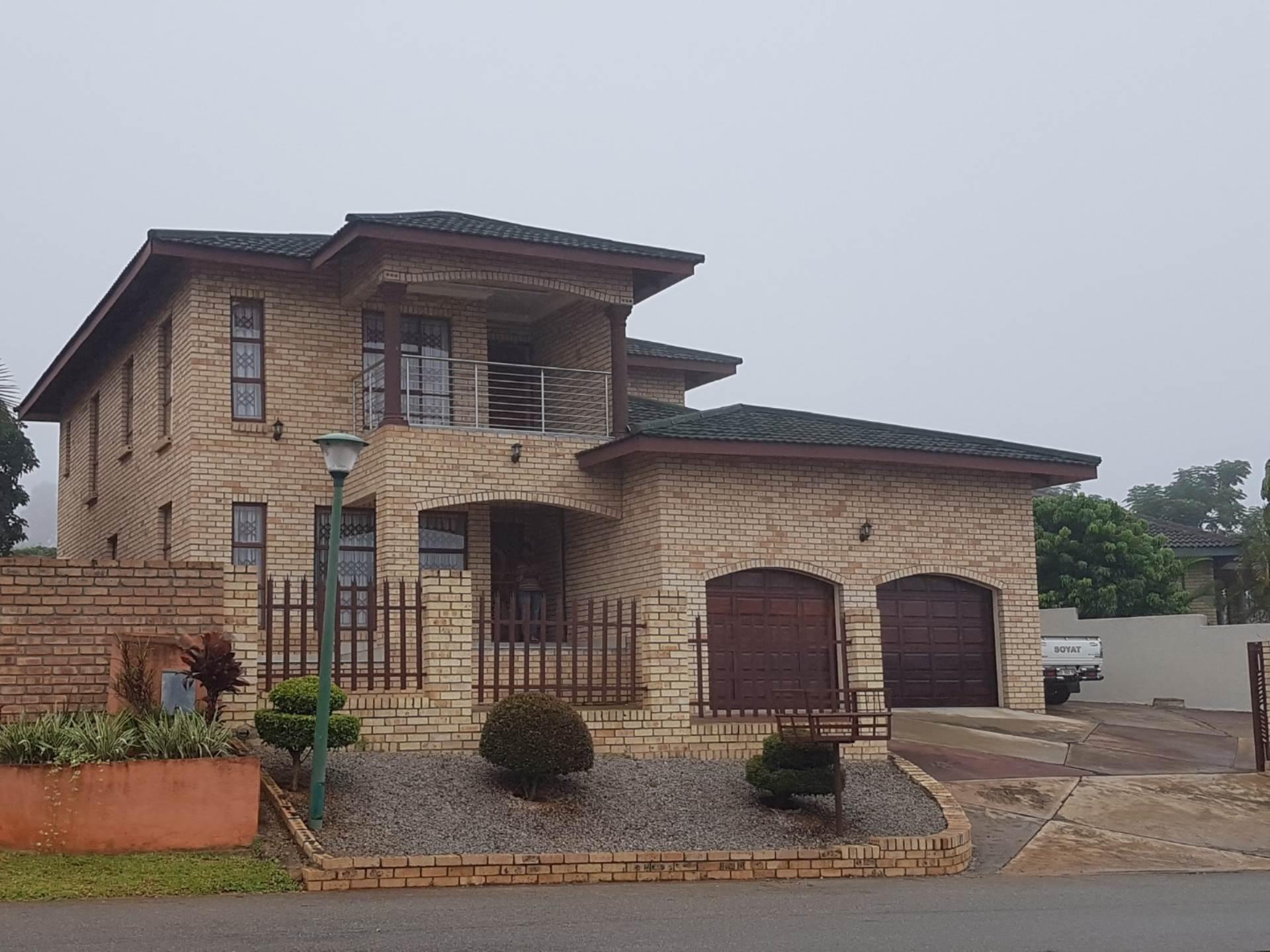 4 BedroomHouse Pending Sale In Hillsview