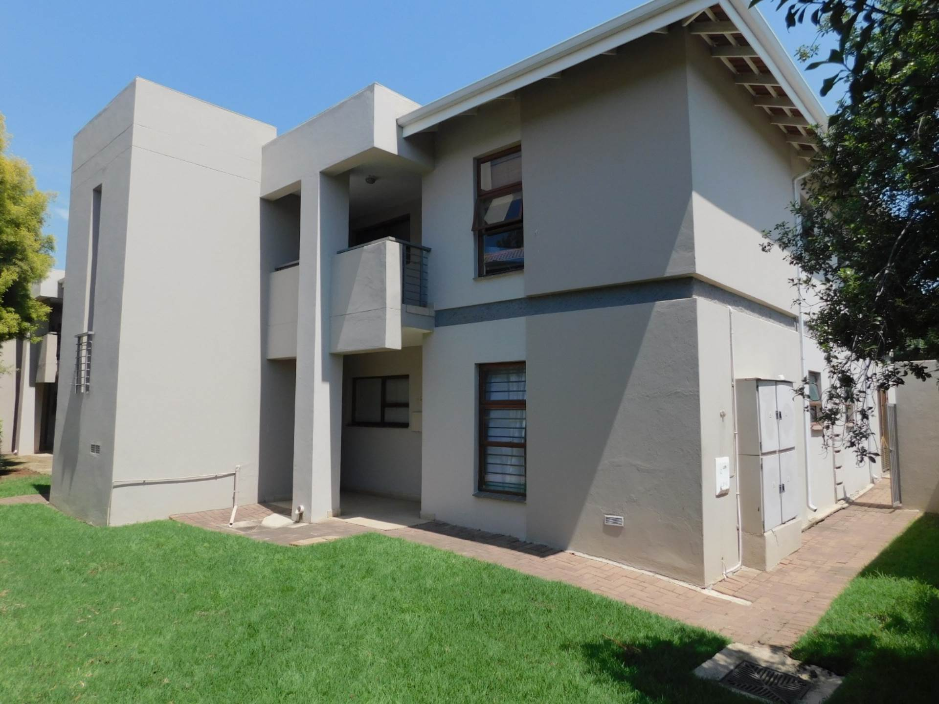 2 BedroomApartment To Rent In Atholl