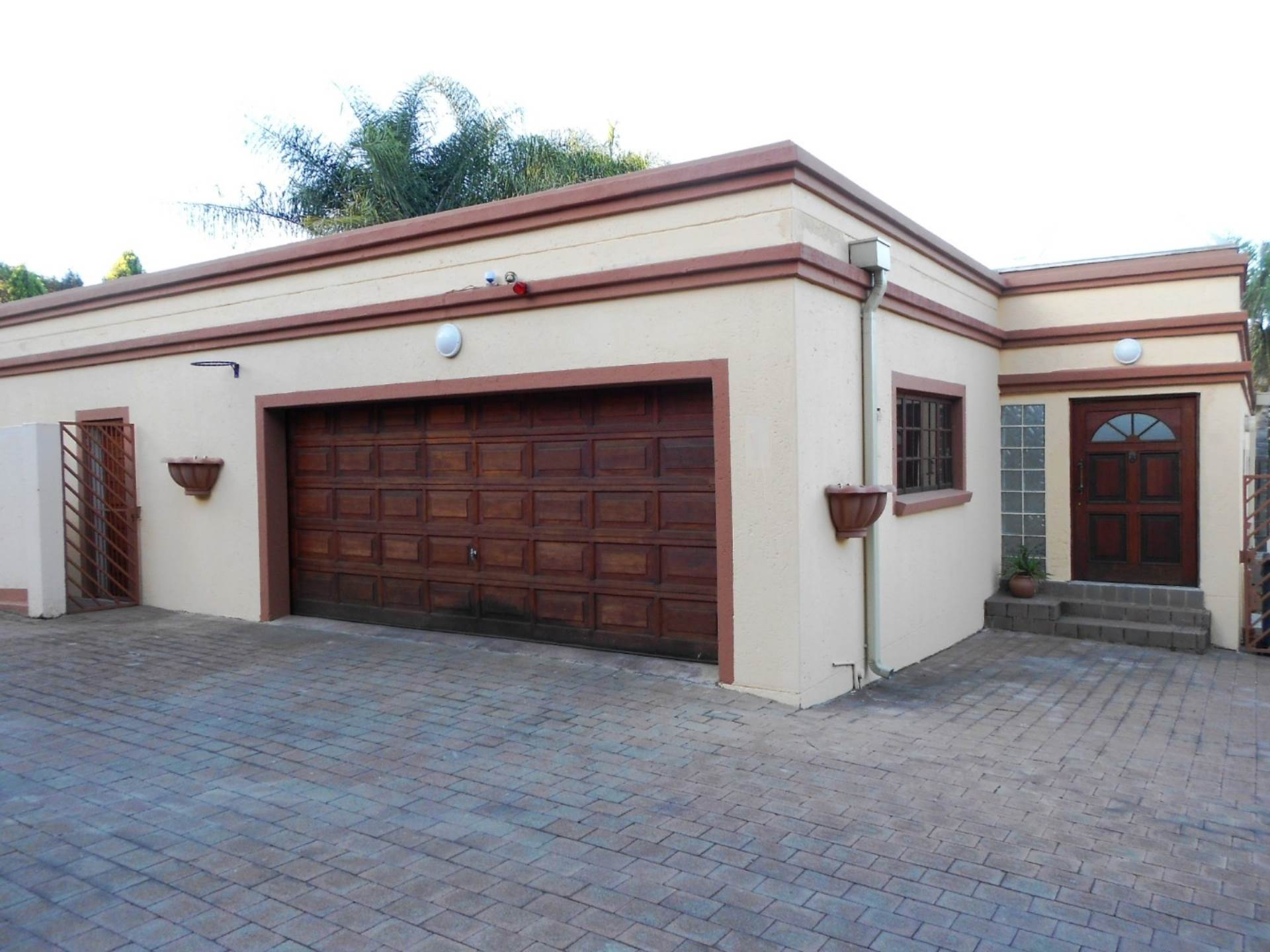Property and Houses for sale in Lynnwood Manor, Townhouse, 3 Bedrooms - ZAR 1,800,000