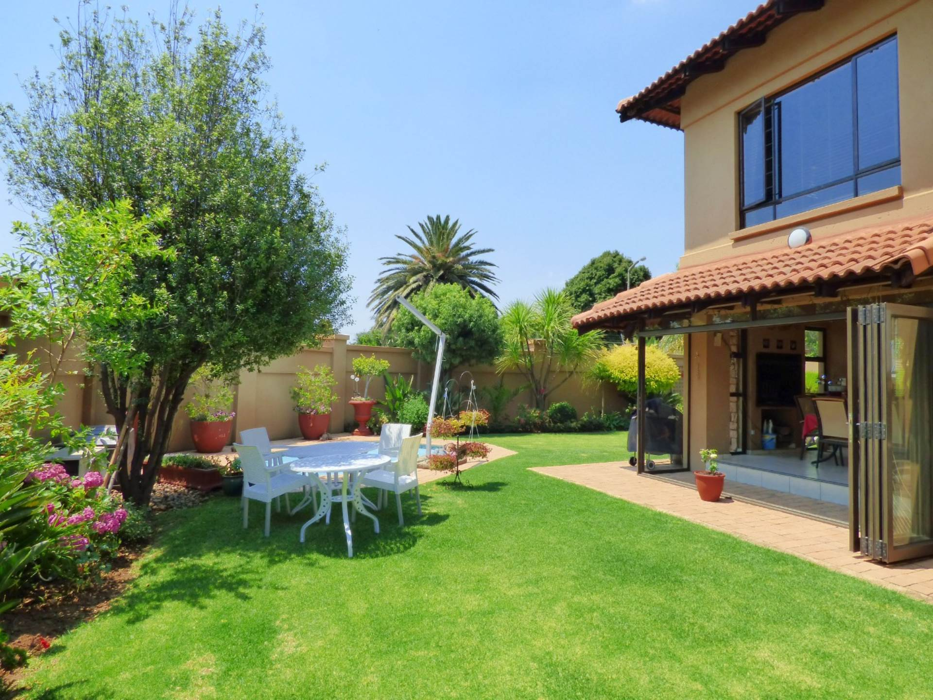 3 BedroomCluster For Sale In Northmead Ext 4
