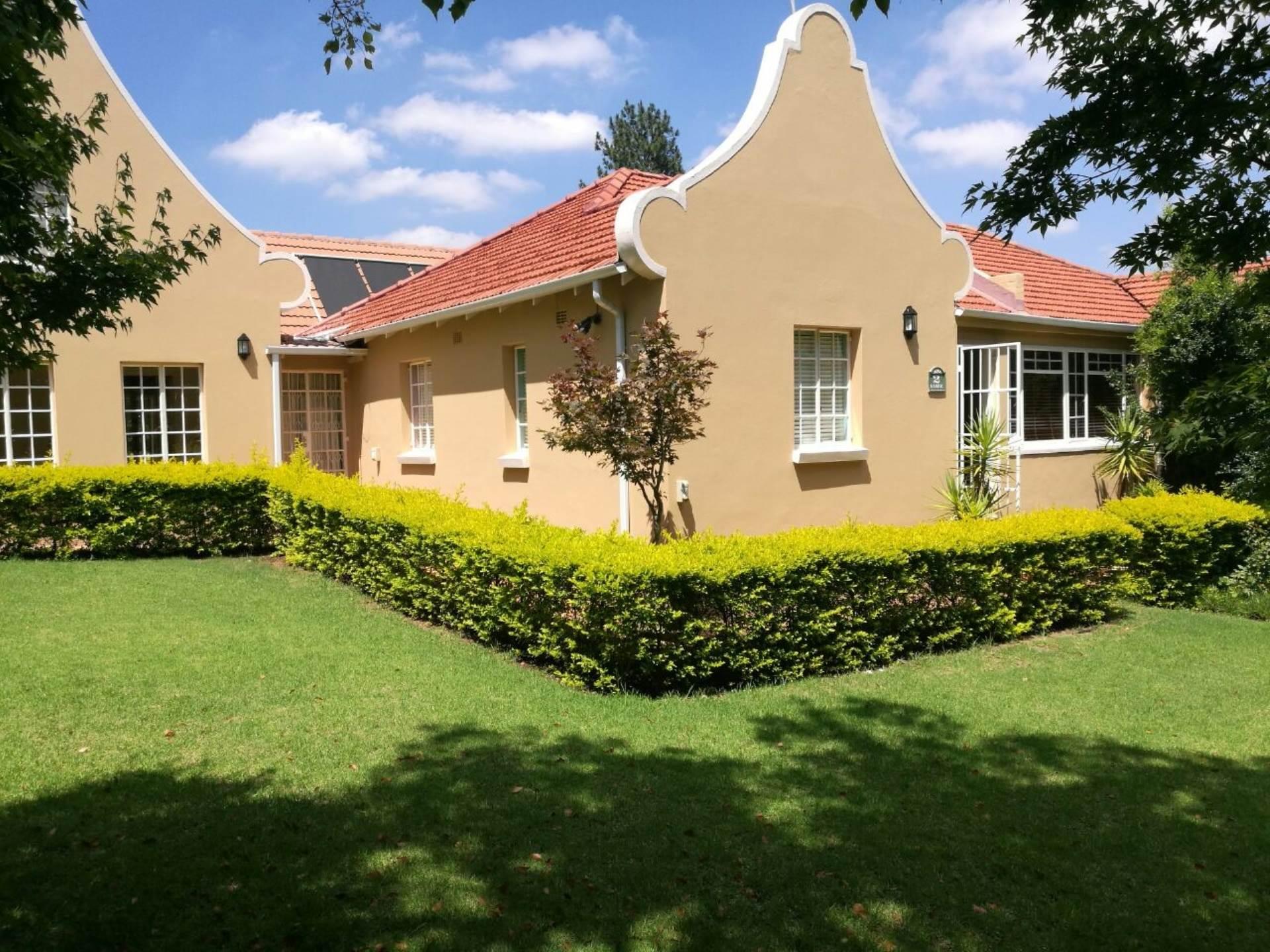 4 BedroomHouse To Rent In Modderfontein
