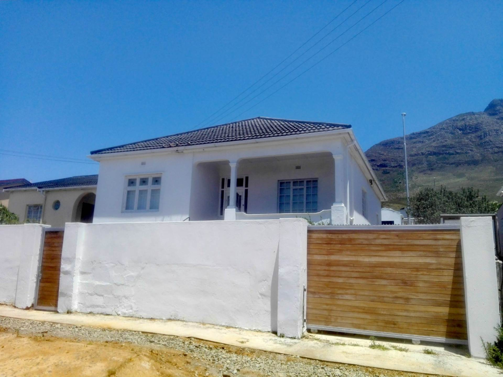 Cape Town, Woodstock Upper Property  | Houses For Sale Woodstock Upper, WOODSTOCK UPPER, House 3 bedrooms property for sale Price:17,000