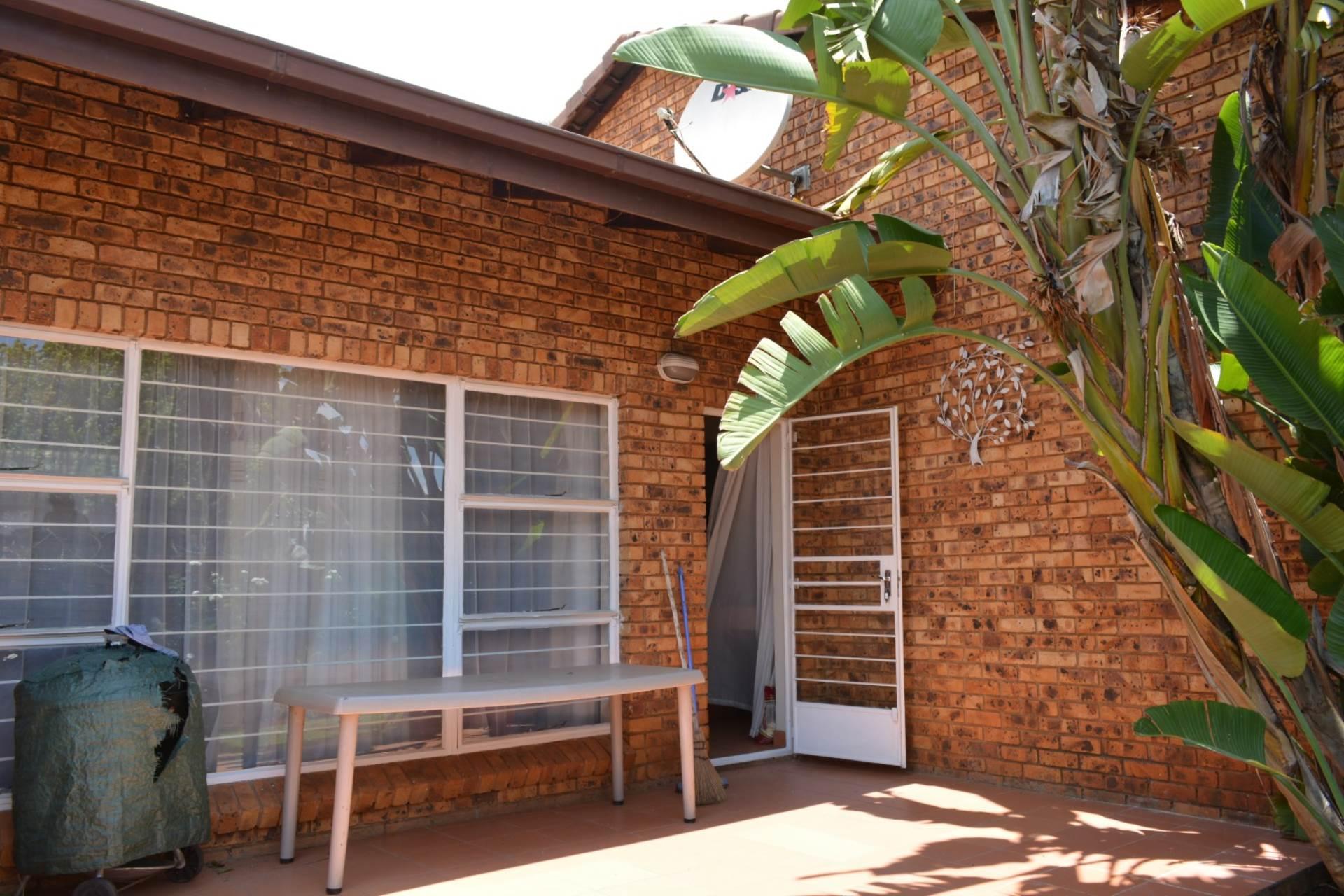 Pretoria, Newlands Property  | Houses To Rent Newlands, NEWLANDS, Townhouse 3 bedrooms property to rent Price:, 10,00*