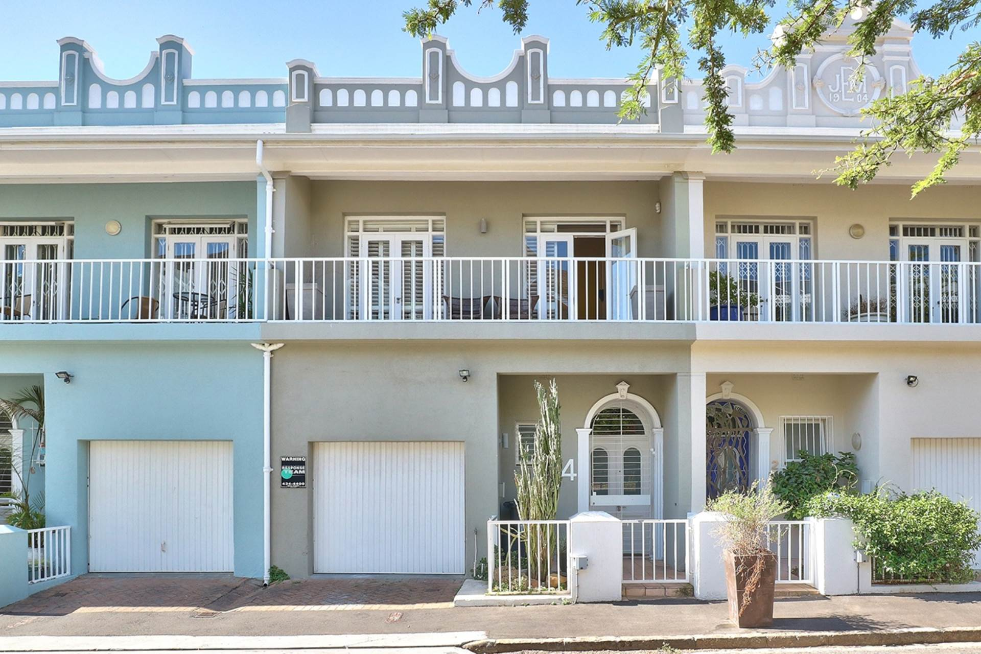 3 BedroomHouse For Sale In Green Point