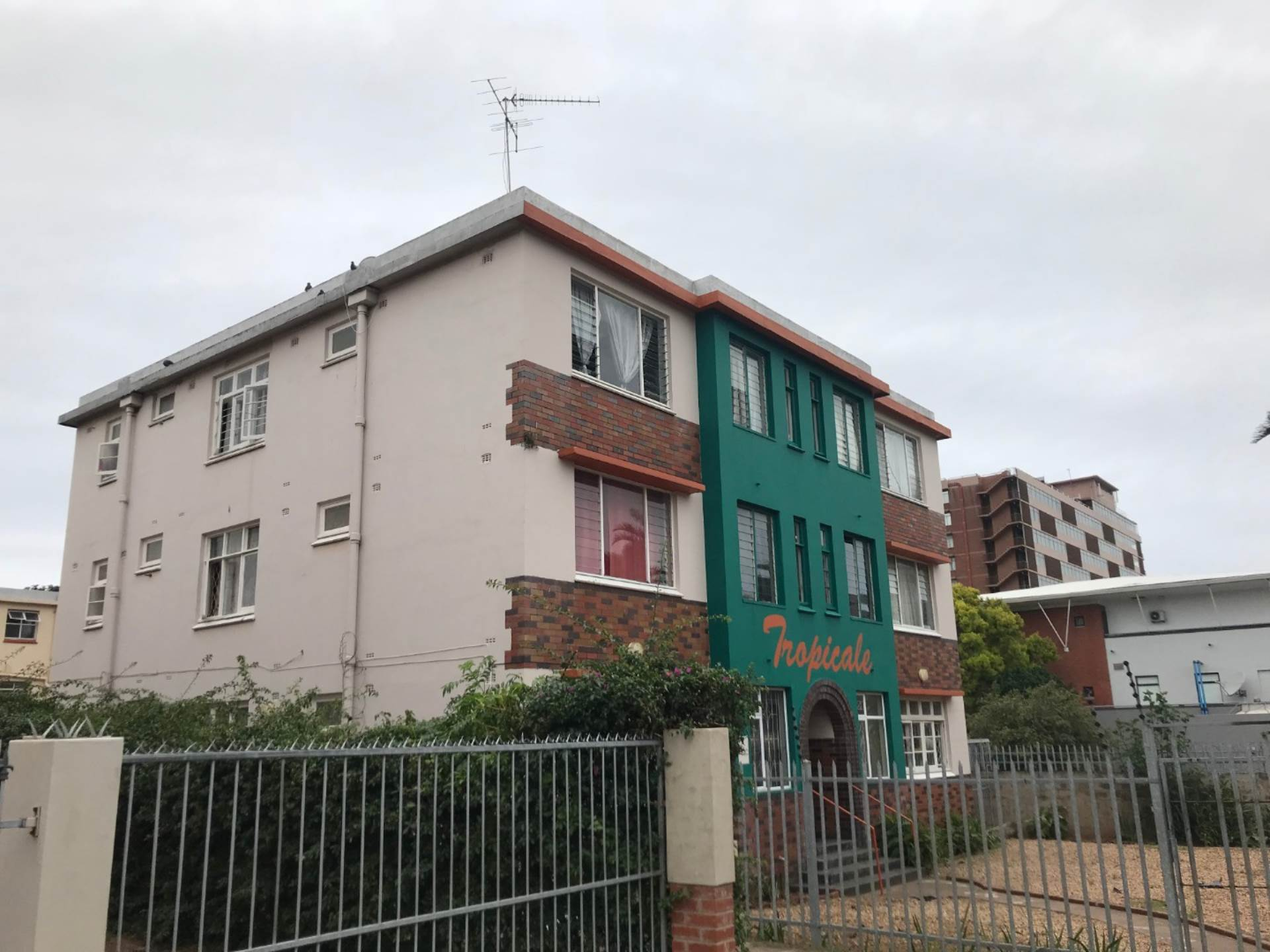 Apartment For Sale In Bulwer