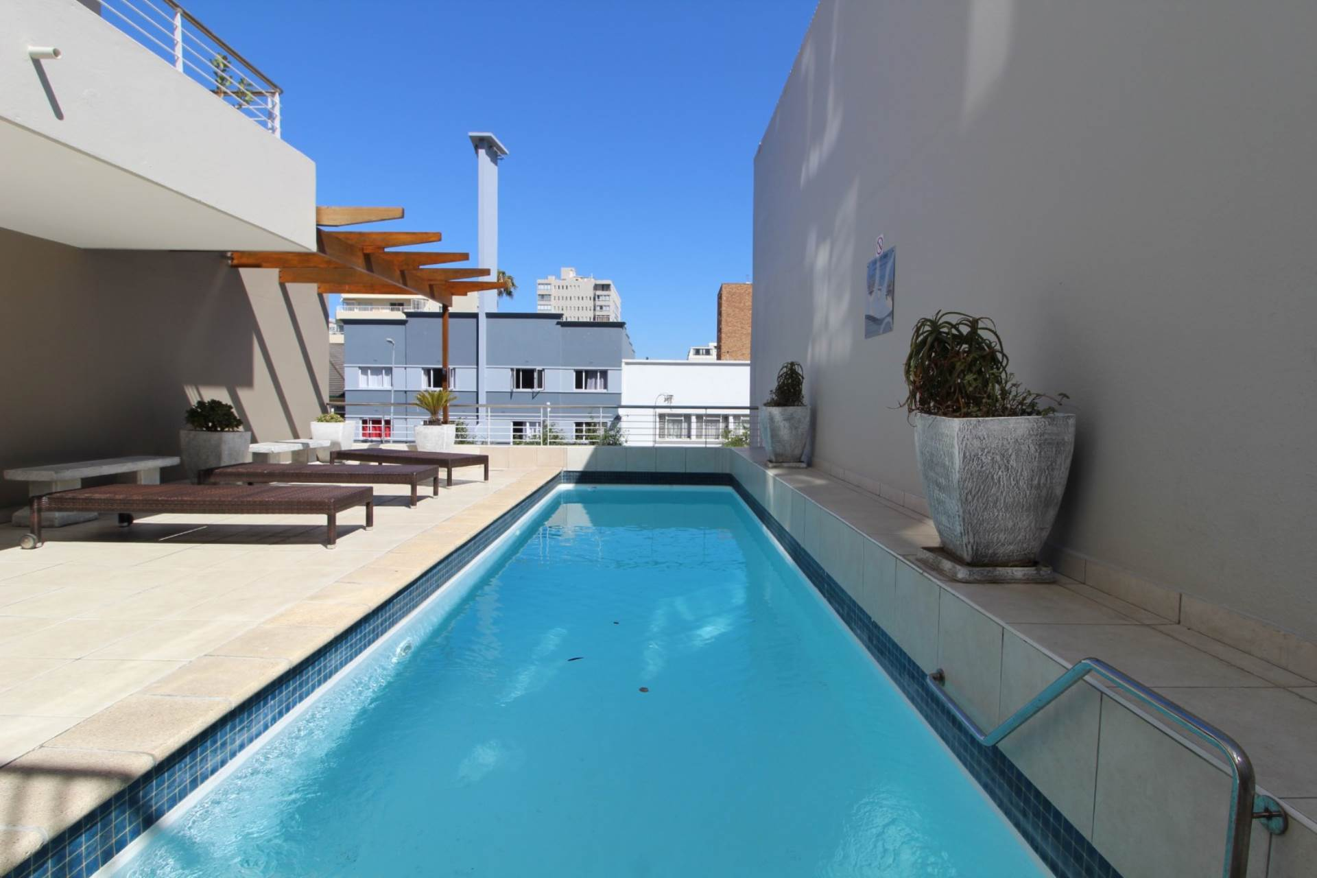 2 BedroomApartment To Rent In Sea Point