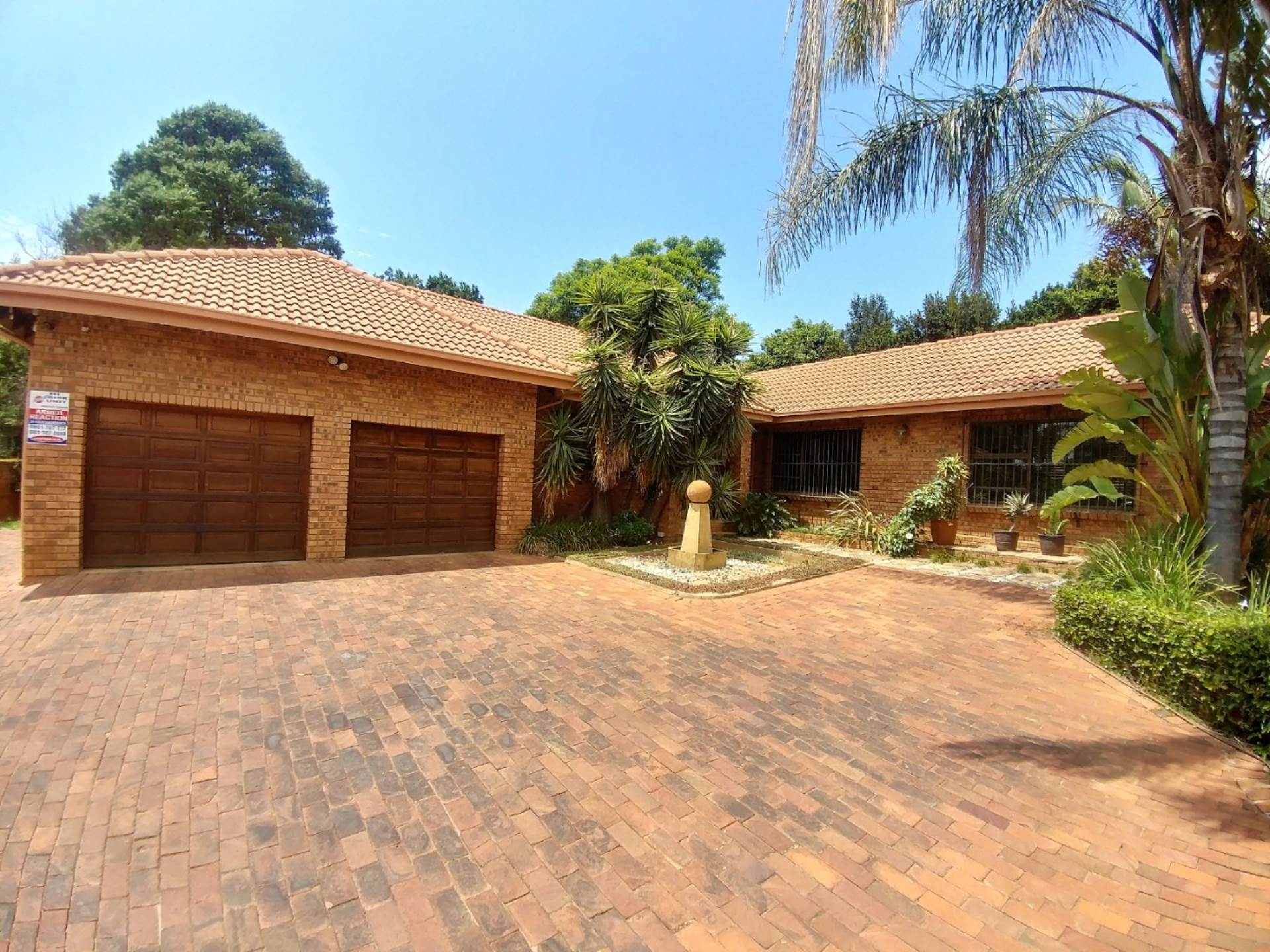 Pretoria, Waterkloof Heights Ext 3 Property  | Houses For Sale Waterkloof Heights Ext 3, WATERKLOOF HEIGHTS Ext 3, House 3 bedrooms property for sale Price:2,150,000