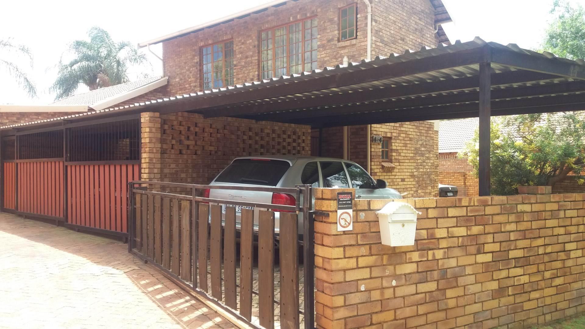 Moreleta Park property for sale. Ref No: 13569352. Picture no 1