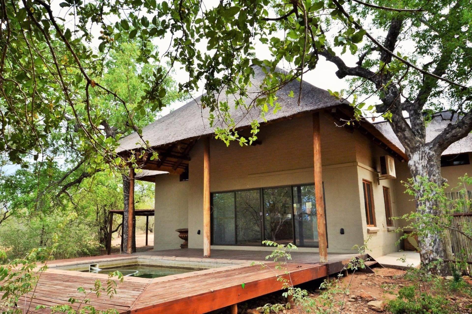 2 BedroomHouse For Sale In Raptors View