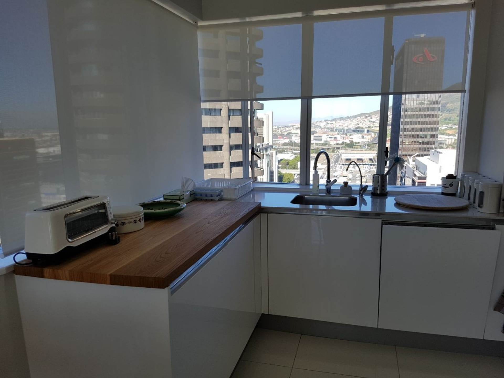 Cape Town property to rent. Ref No: 13475482. Picture no 4