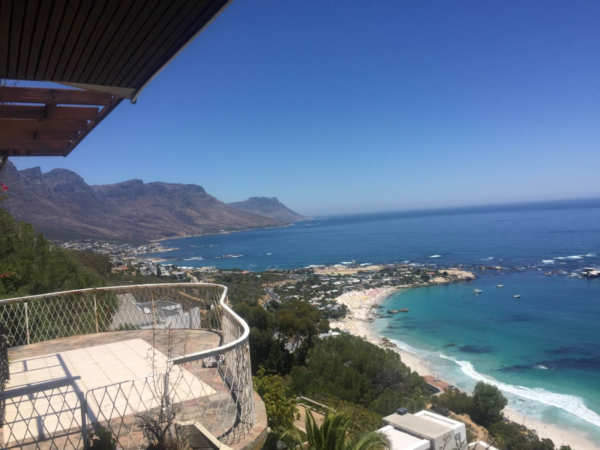 Clifton property for sale. Ref No: 13575296. Picture no 13