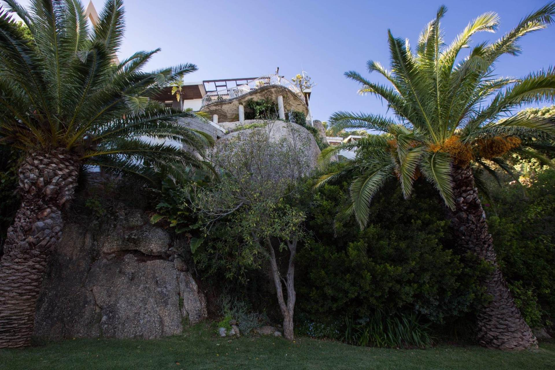 Clifton property for sale. Ref No: 13575298. Picture no 4