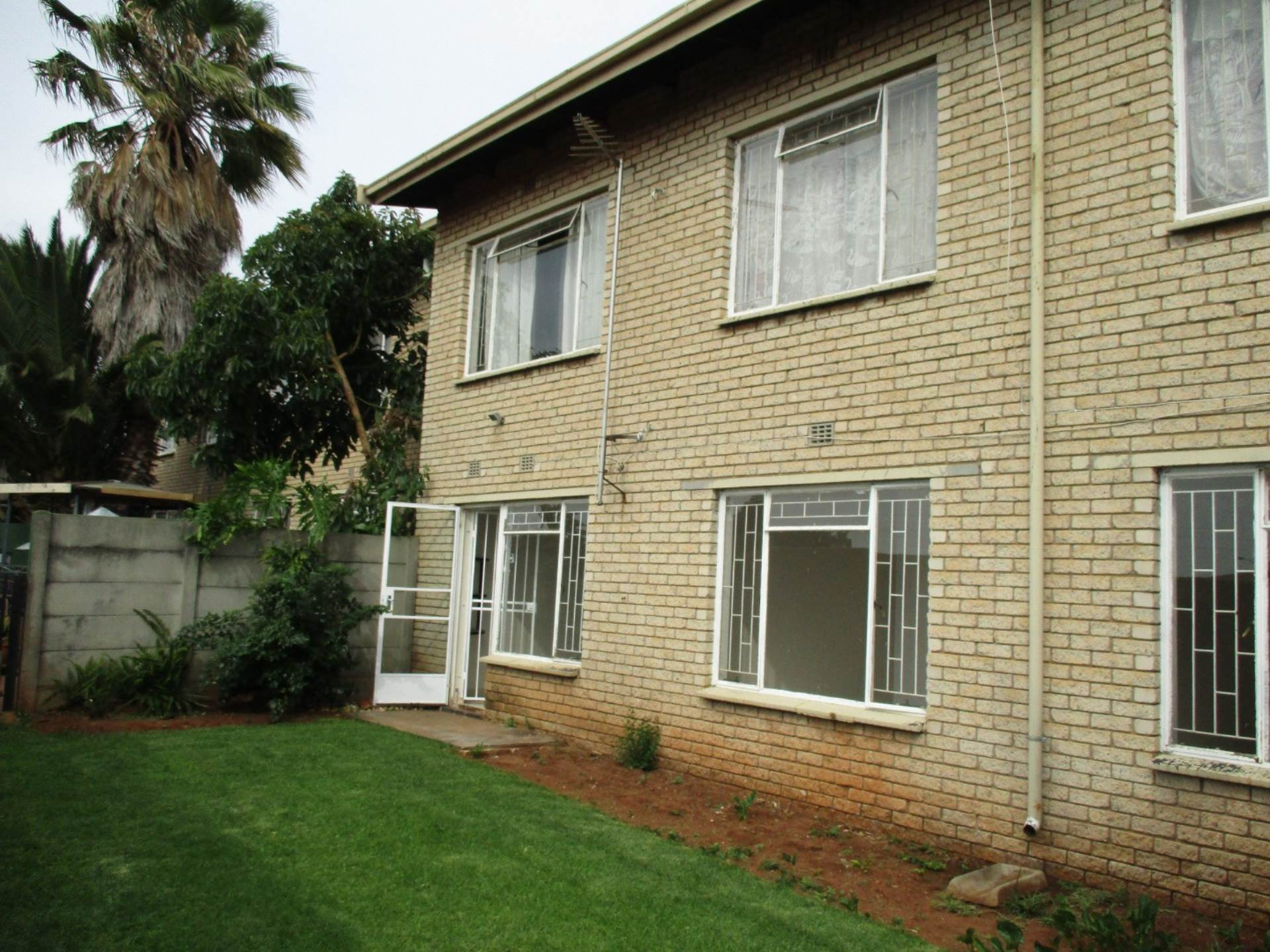 2 BedroomTownhouse For Sale In Witfield
