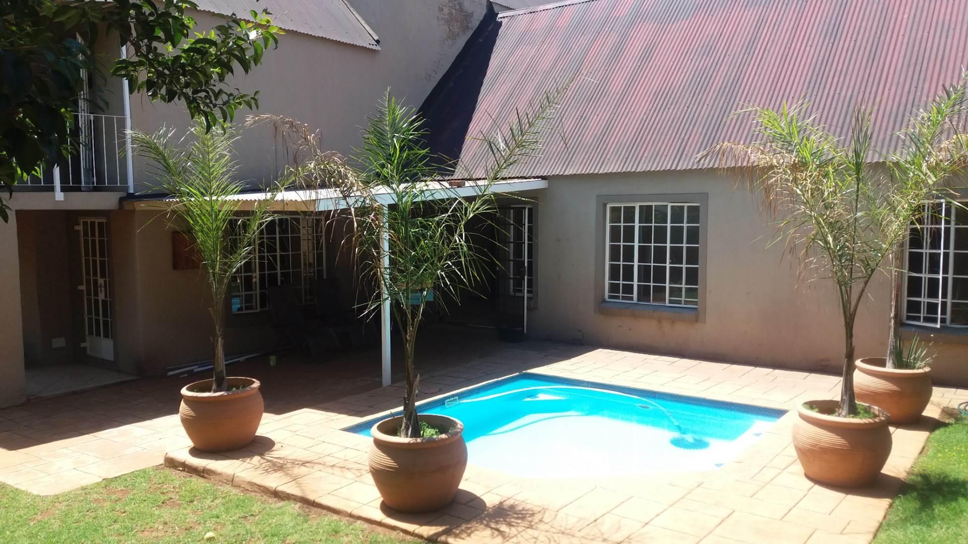 Moreleta Park property for sale. Ref No: 13550634. Picture no 1