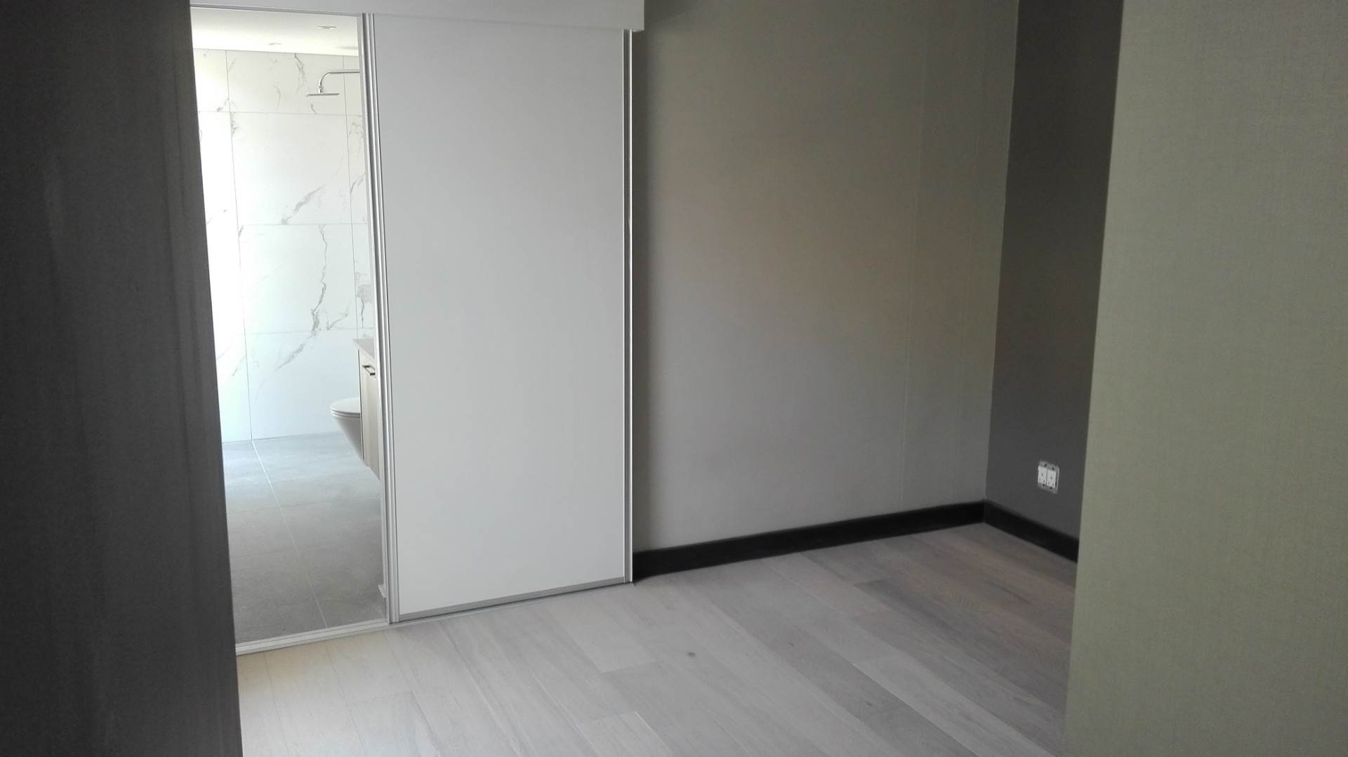 Sea Point property to rent. Ref No: 13576250. Picture no 5