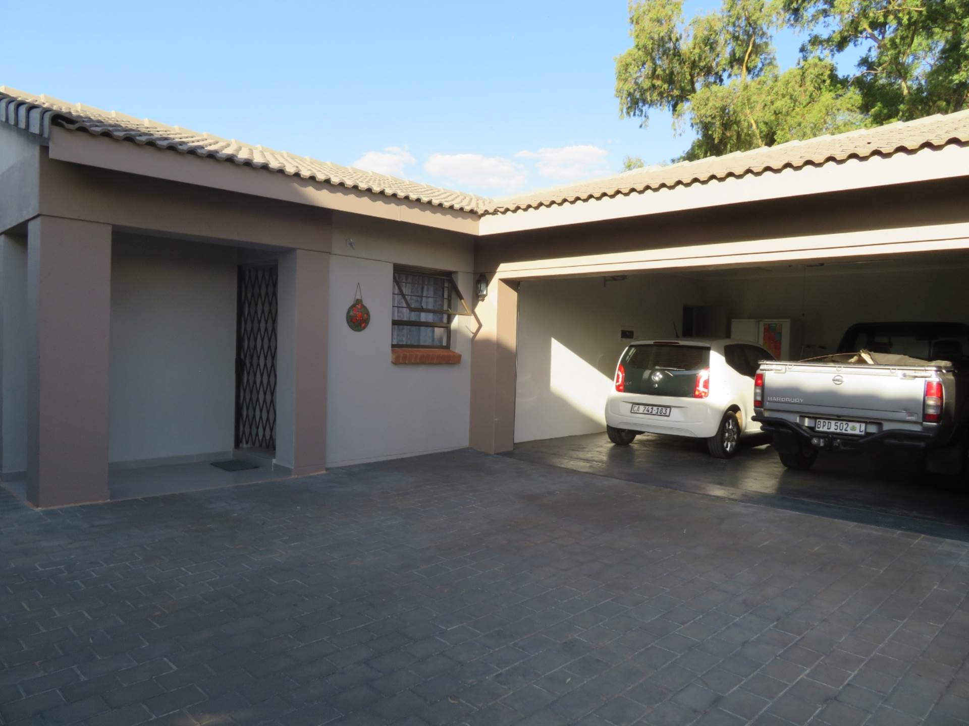 3 BedroomCluster For Sale In Brentwood