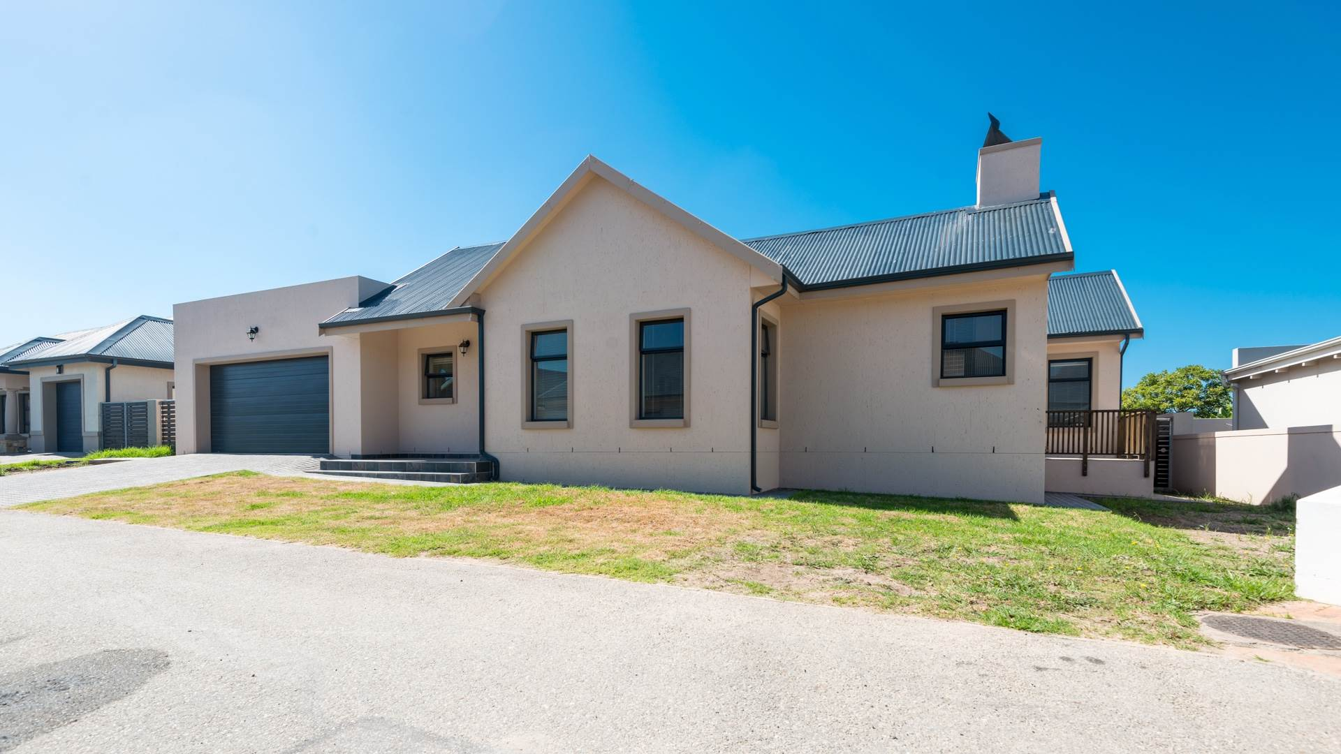 3 BedroomHouse For Sale In Kraaibosch Country Estate
