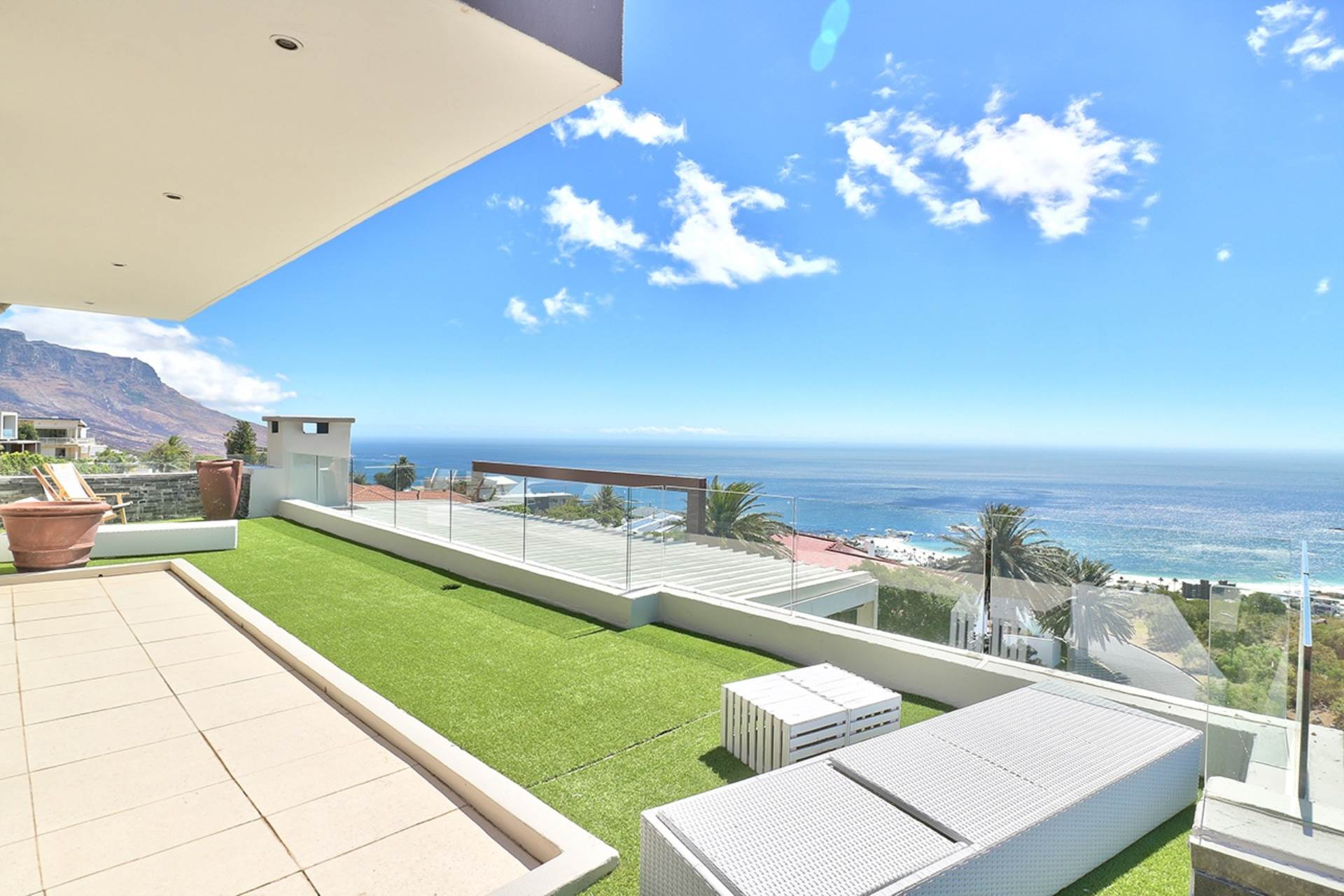 Cape Town, Camps Bay Property  | Houses For Sale Camps Bay, CAMPS BAY, House 6 bedrooms property for sale Price:25,995,000