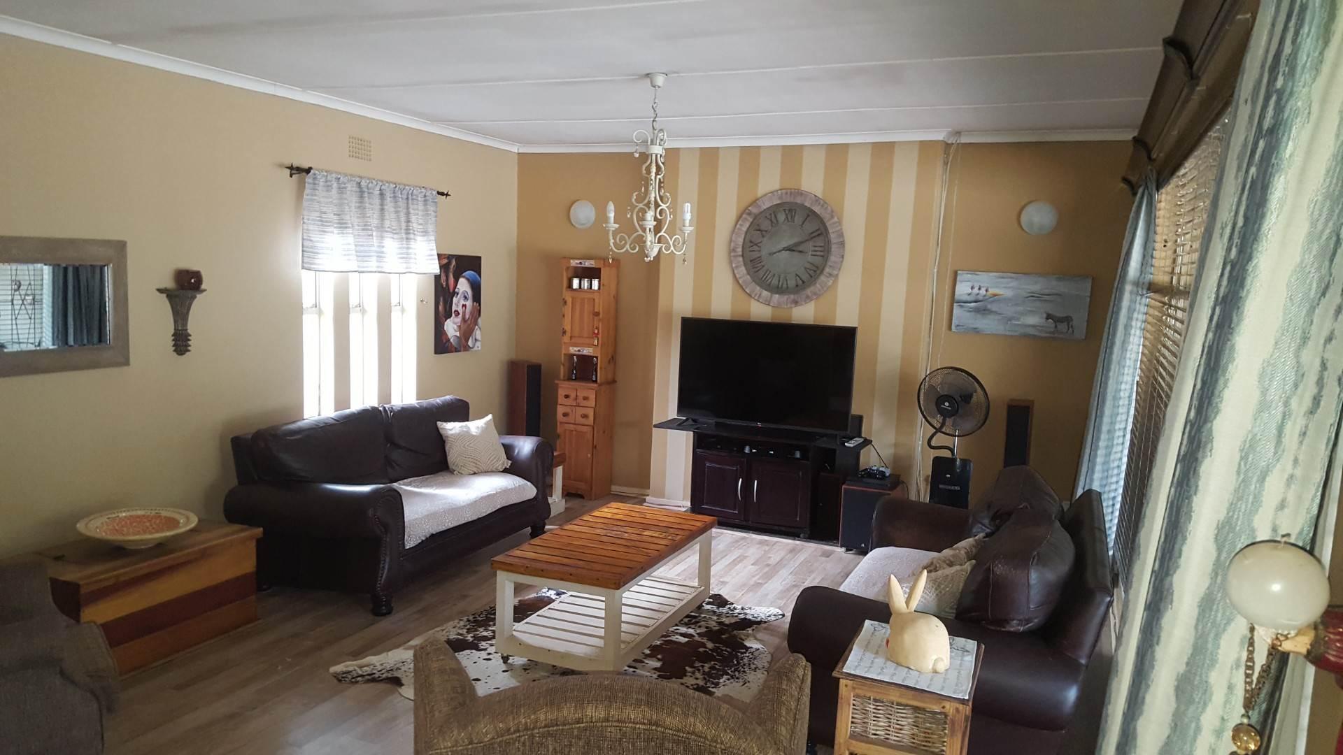 4 BedroomHouse For Sale In Vanderbijlpark South West 5