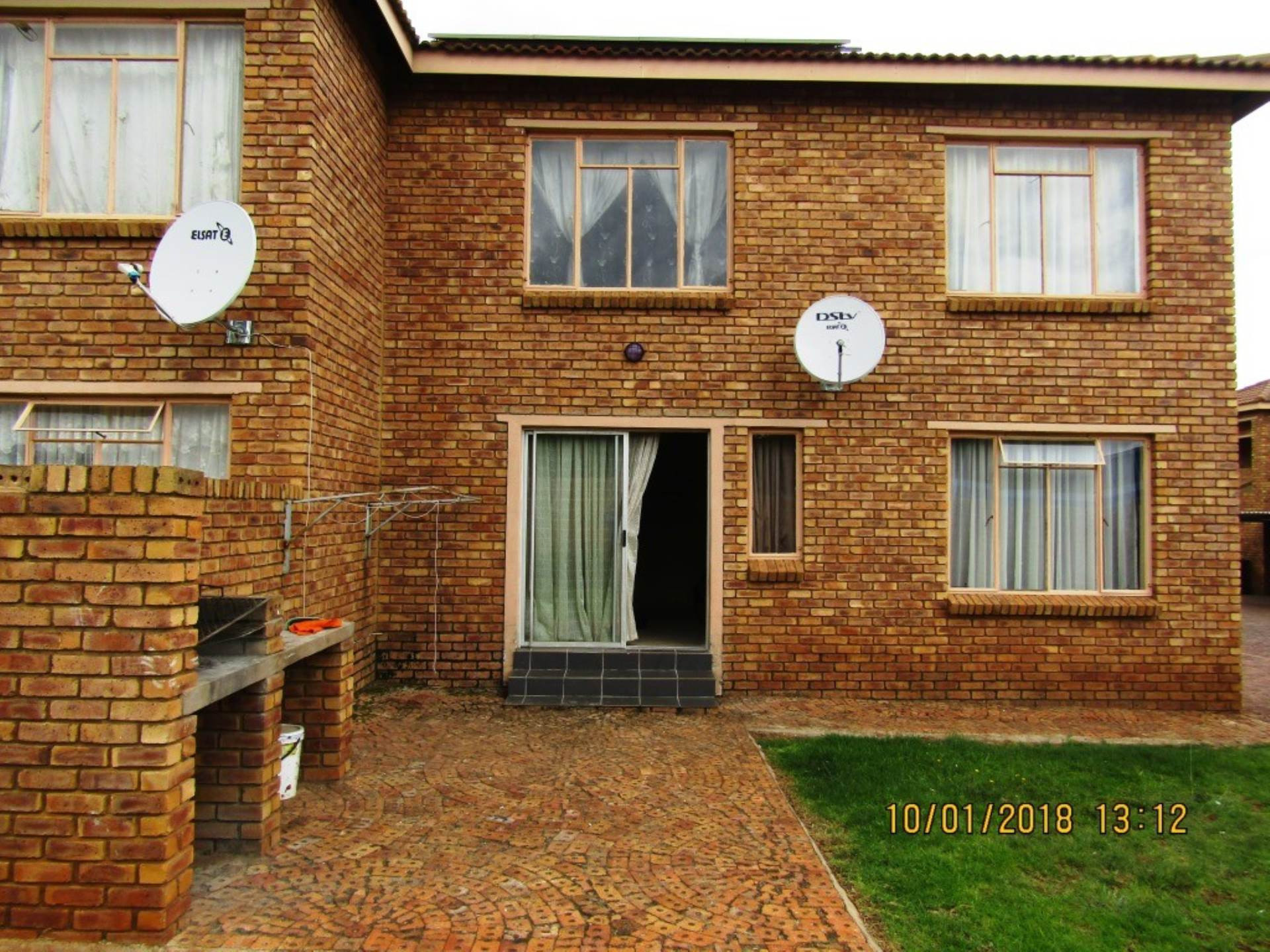 2 BedroomTownhouse For Sale In Krugersrus