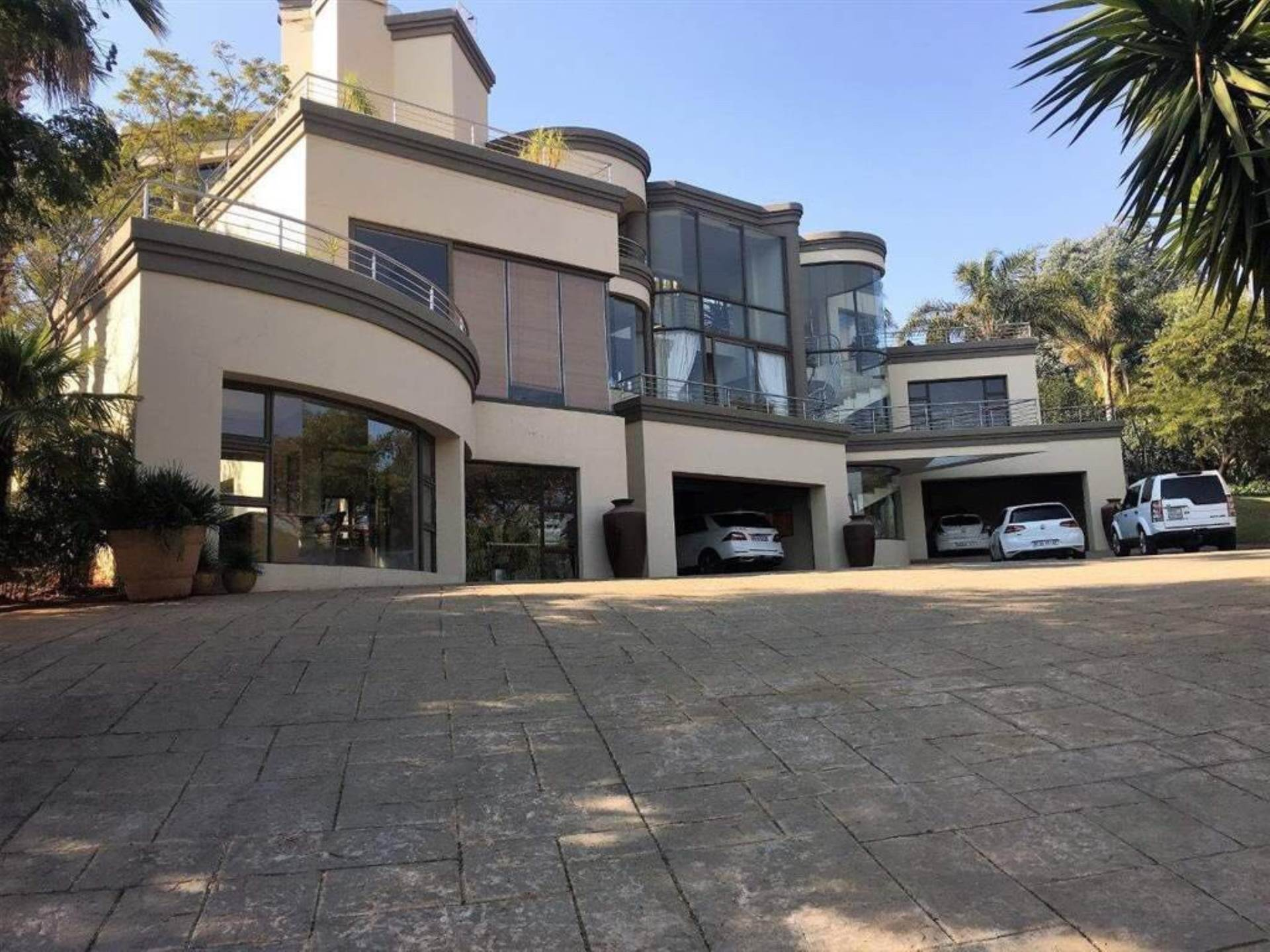 Property and Houses for sale in Mooikloof Equestrian Estate, House, 4 Bedrooms - ZAR 6,450,000