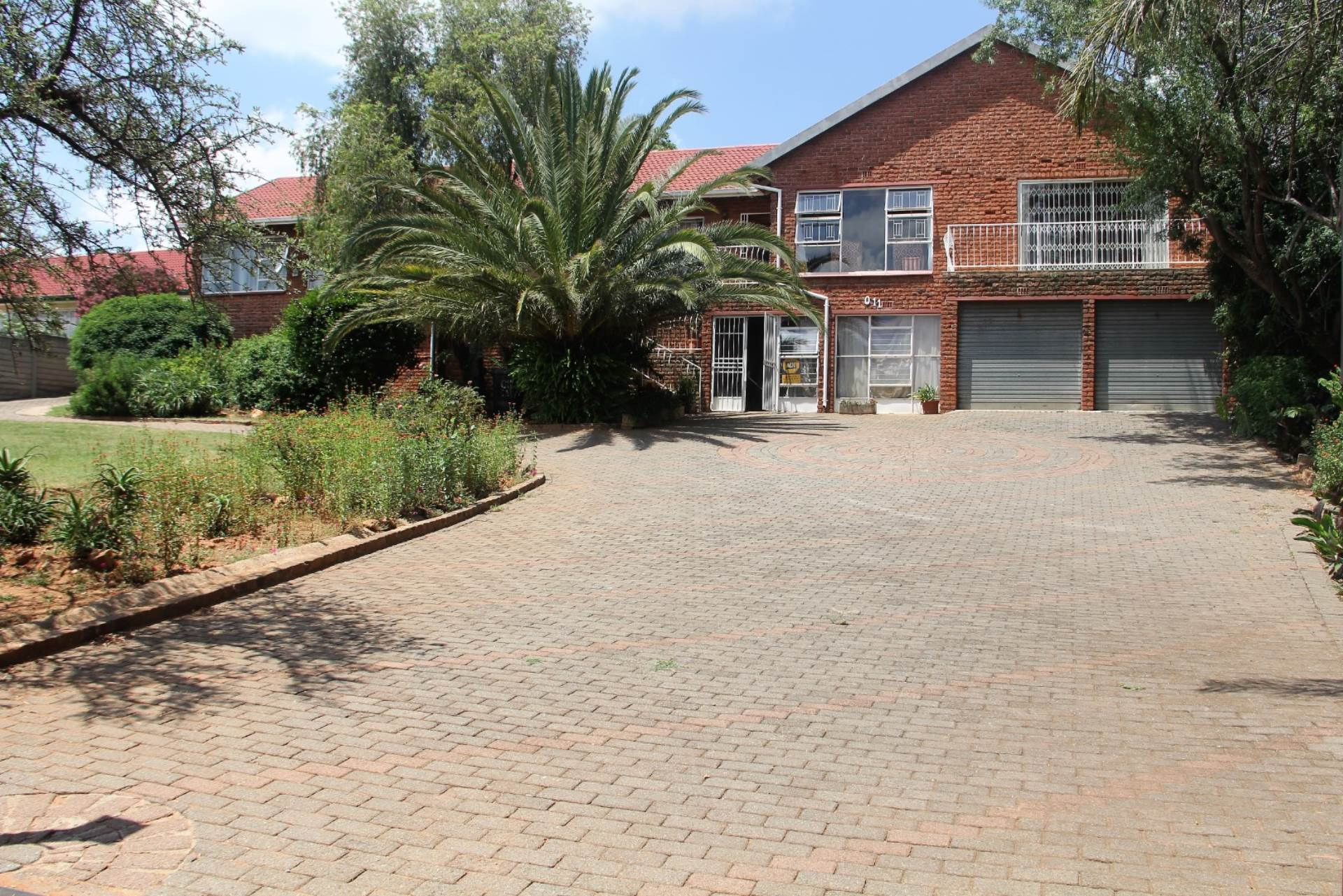 4 BedroomHouse For Sale In Rangeview