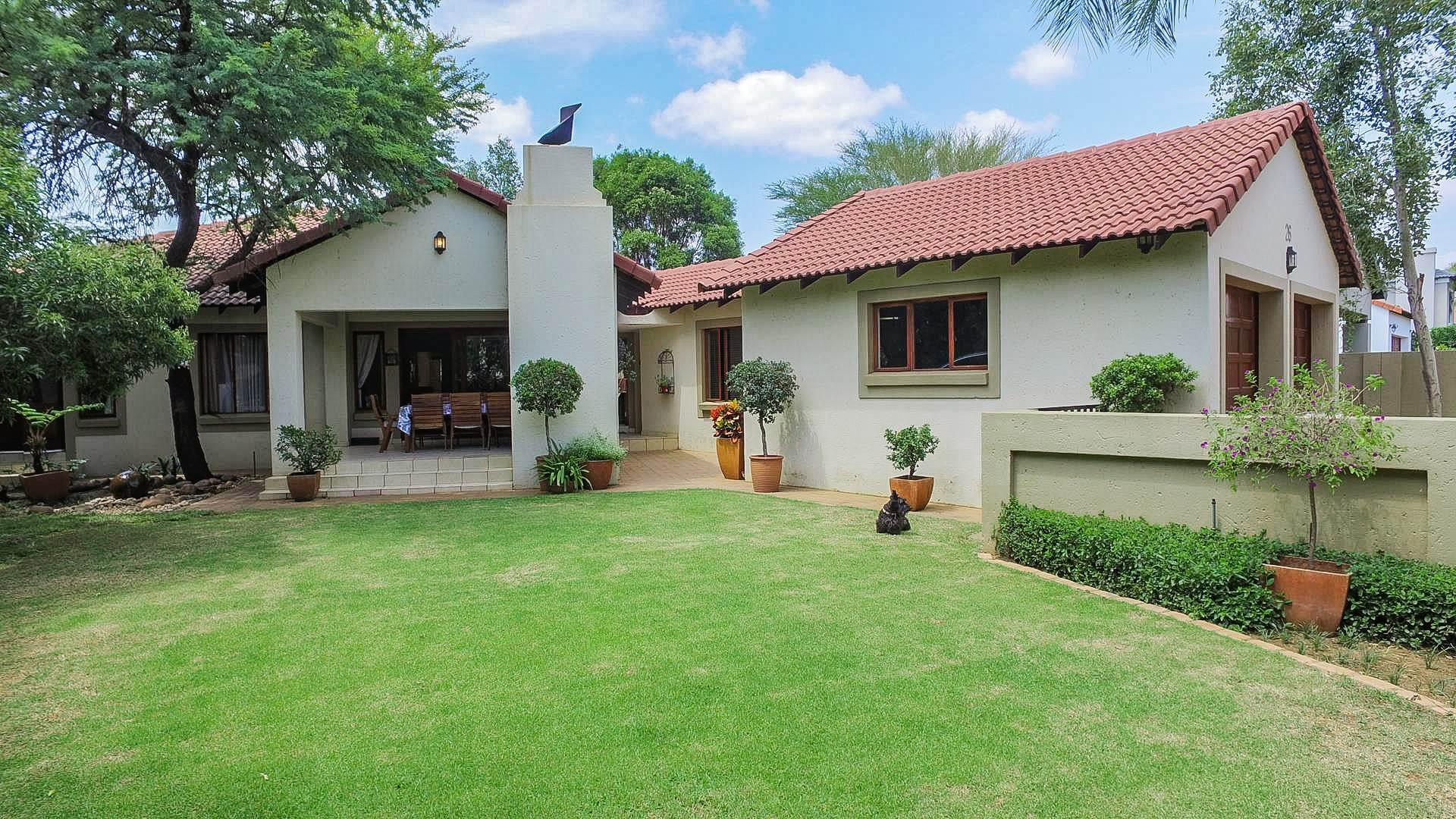 3 BedroomHouse For Sale In Willow Acres Estate