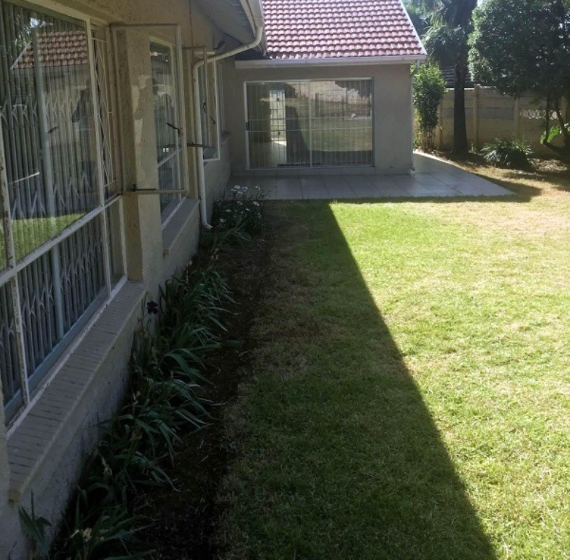5 BedroomHouse To Rent In Highway Gardens