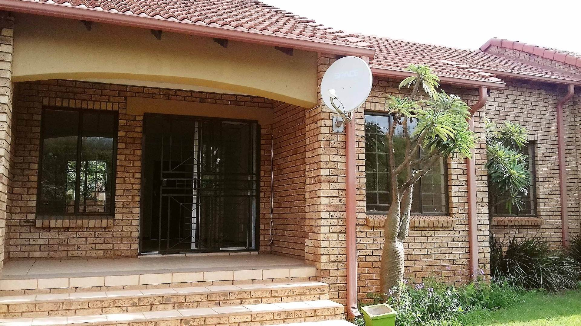 2 BedroomTownhouse For Sale In Equestria