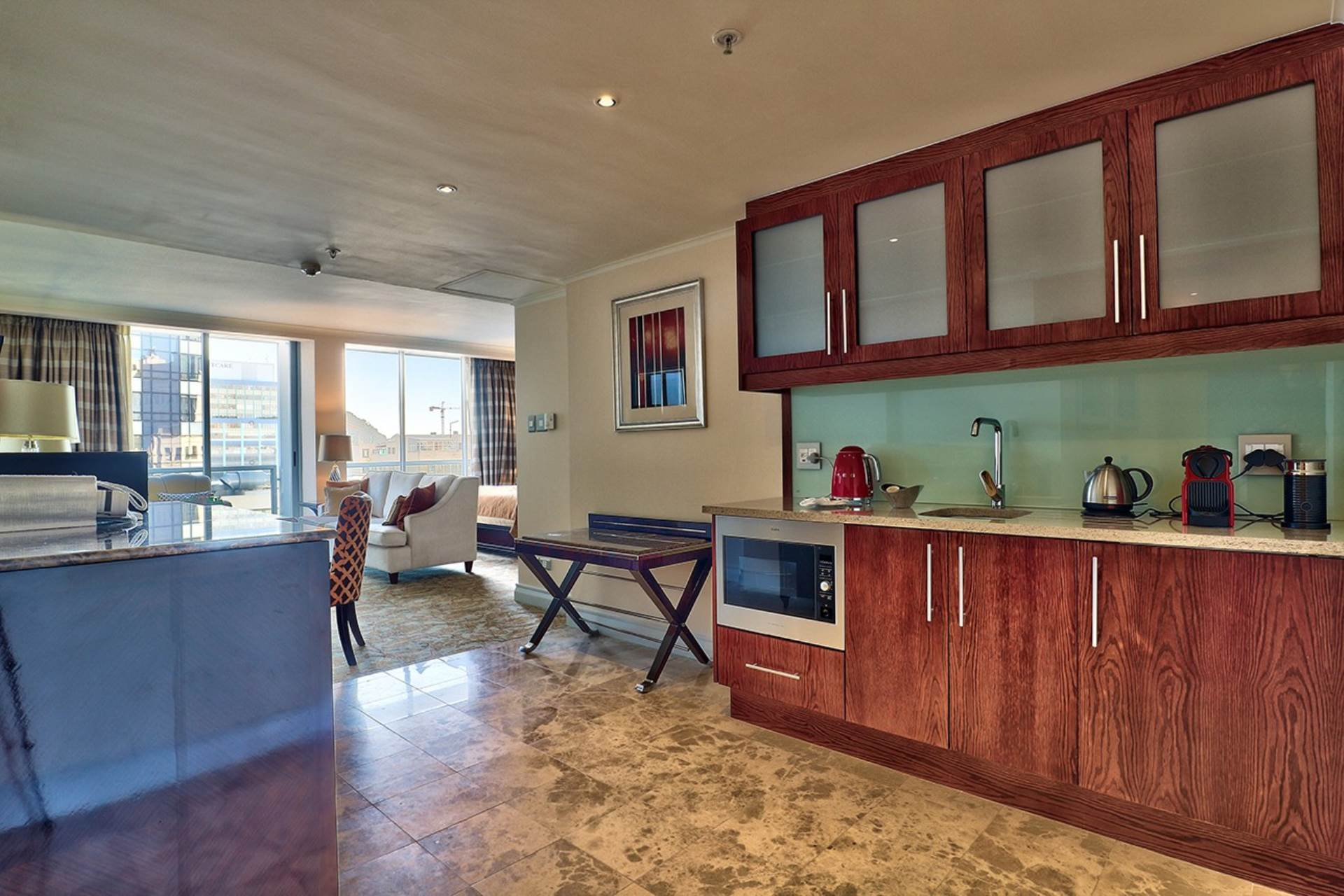 Cape Town property for sale. Ref No: 13579167. Picture no 4