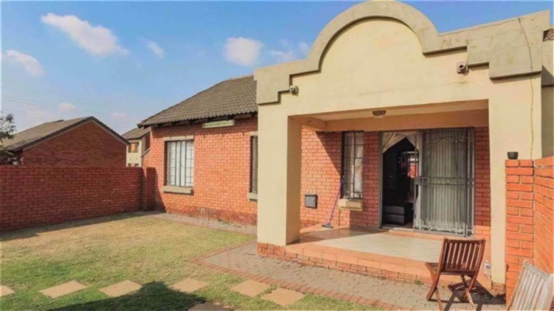 Centurion, Centurion Central Property  | Houses For Sale Centurion Central, CENTURION CENTRAL, Townhouse 3 bedrooms property for sale Price:1,285,000