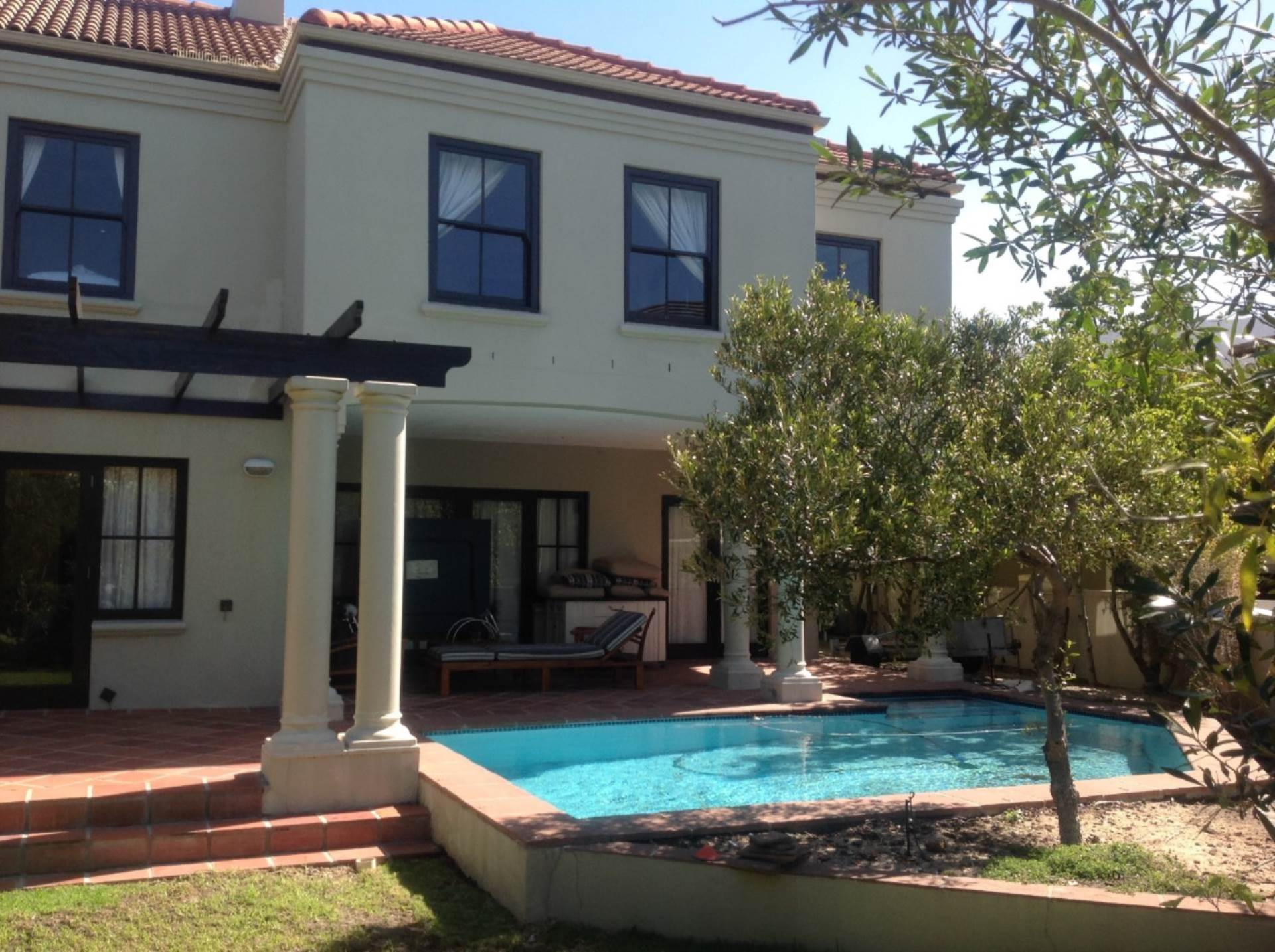 5 BedroomCluster To Rent In Tokai
