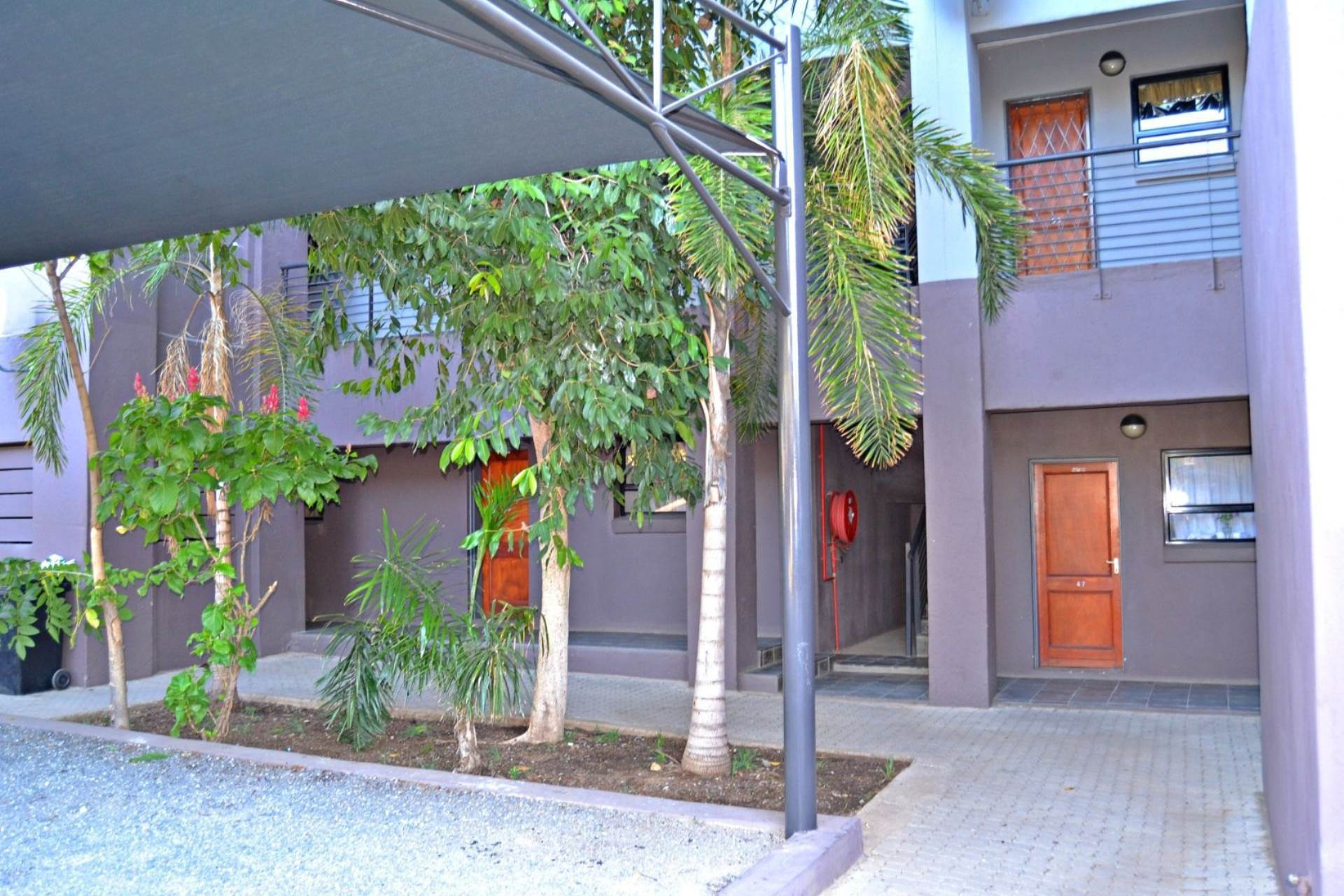 2 BedroomFlat For Sale In Hoedspruit