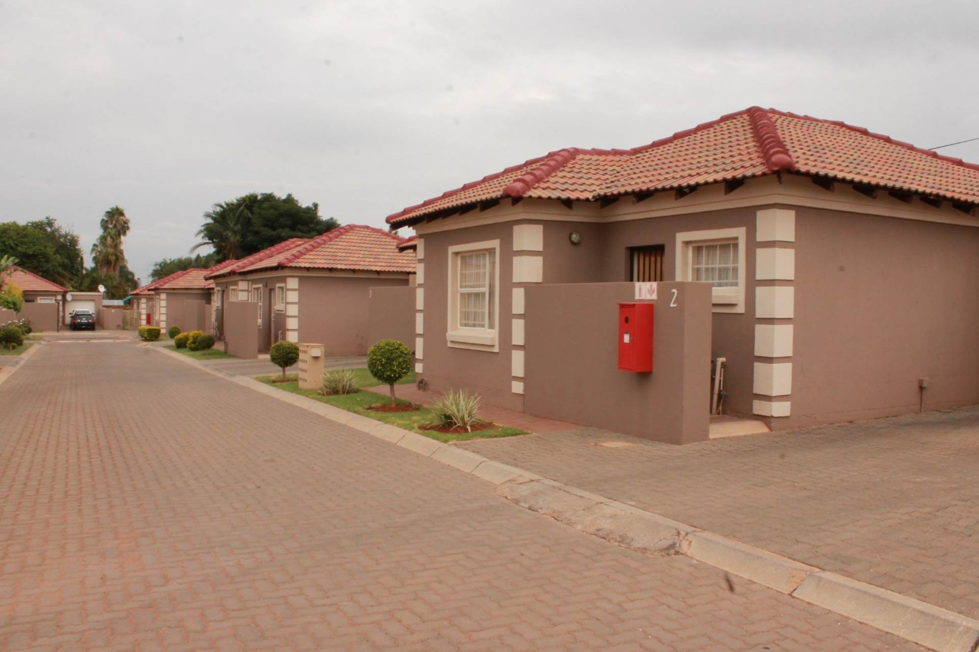 2 BedroomTownhouse For Sale In The Orchards