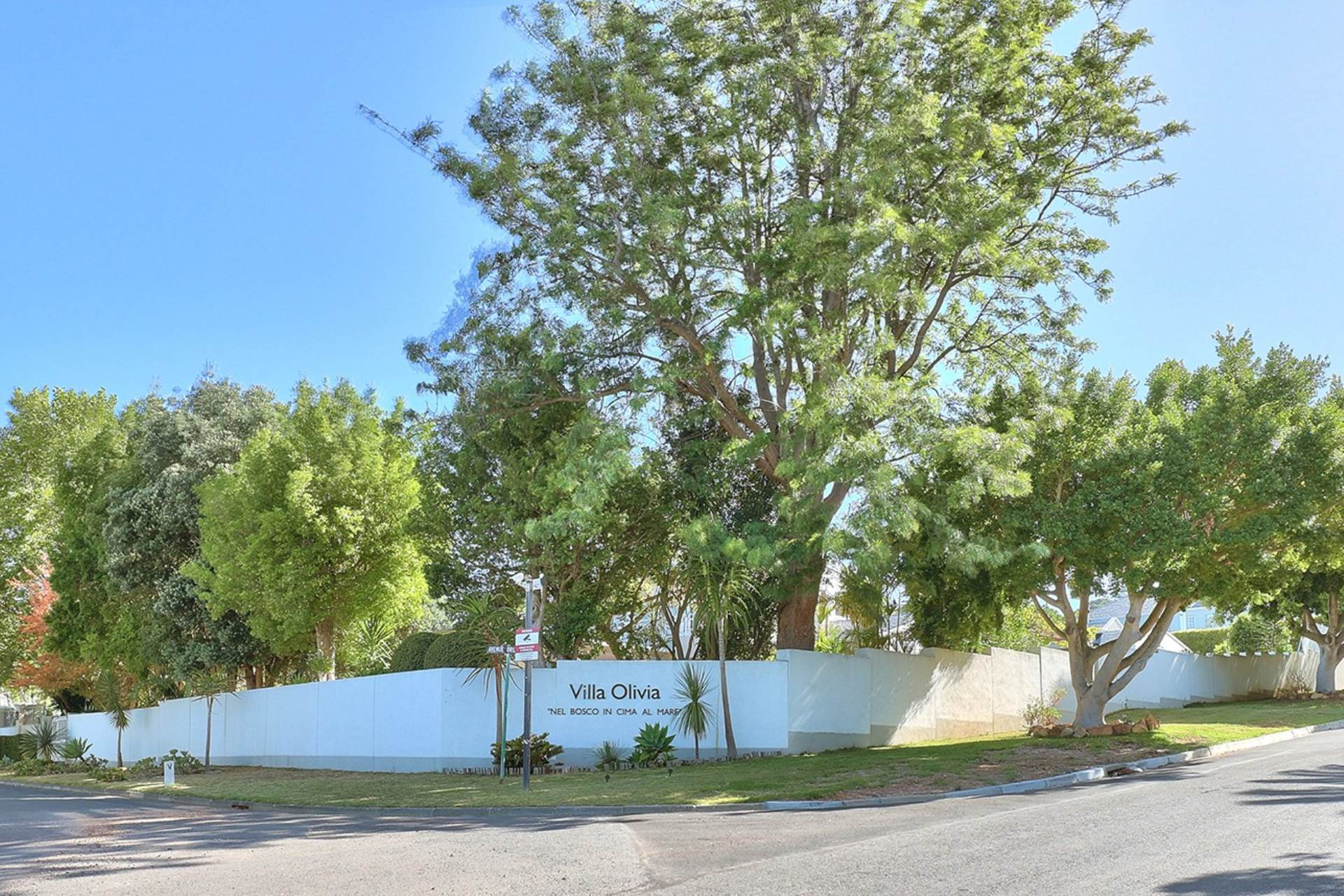 Cape Town, Constantia Property  | Houses To Rent Constantia, CONSTANTIA, House 4 bedrooms property to rent Price:, 10,00*