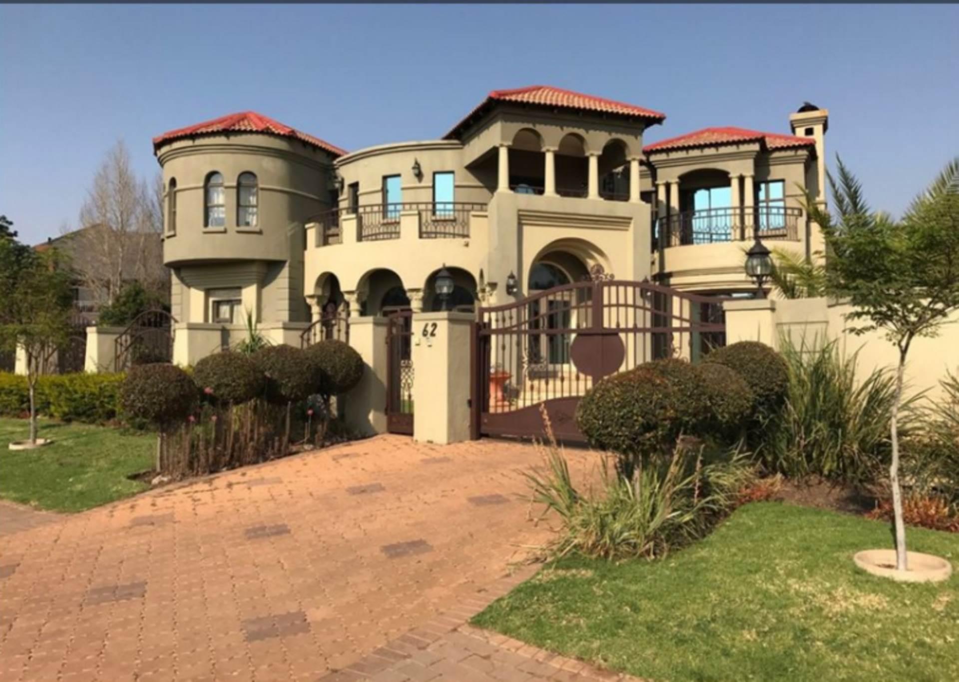 7 BedroomHouse To Rent In Midstream Estate