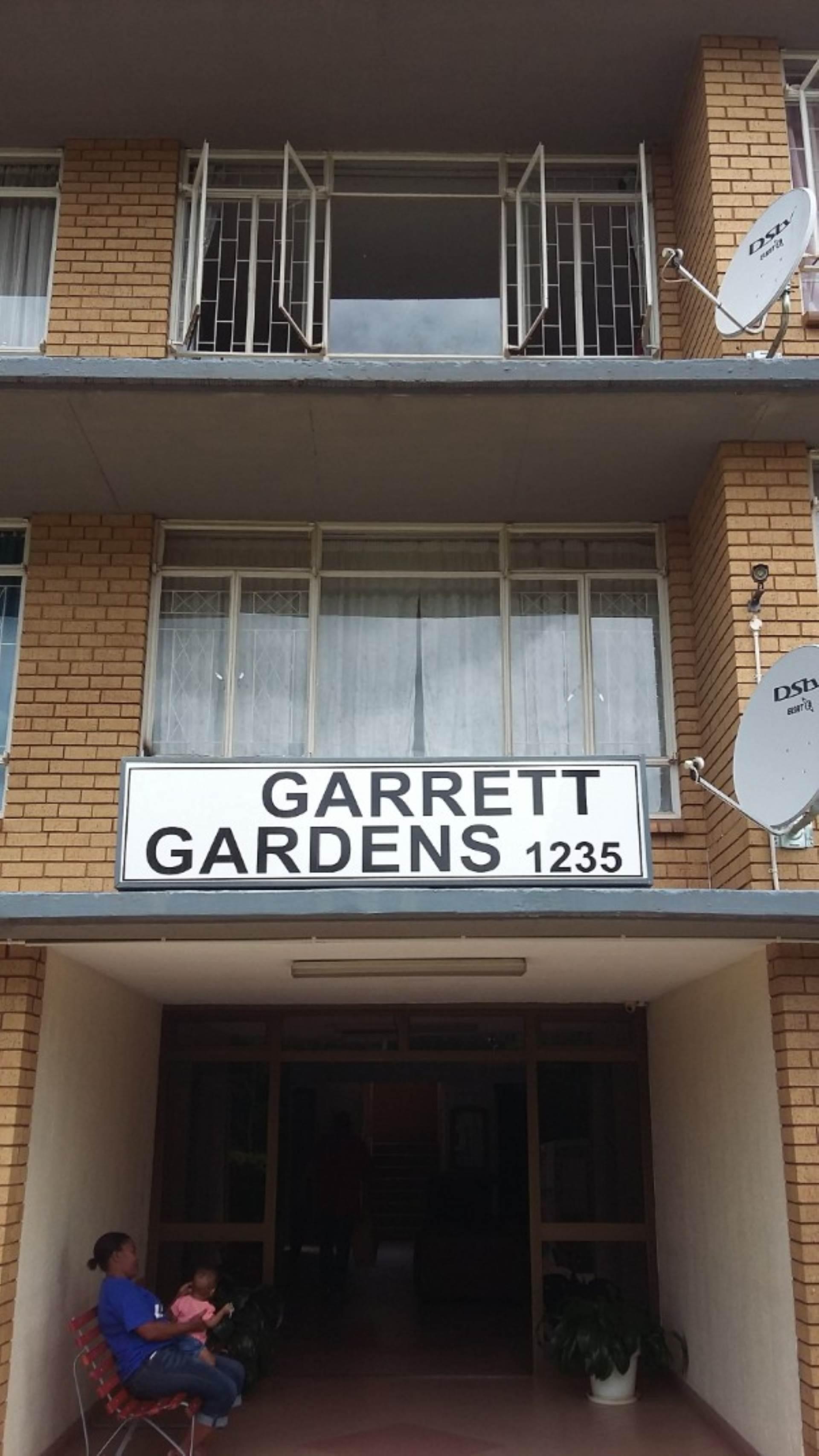 2 BedroomFlat To Rent In Queenswood