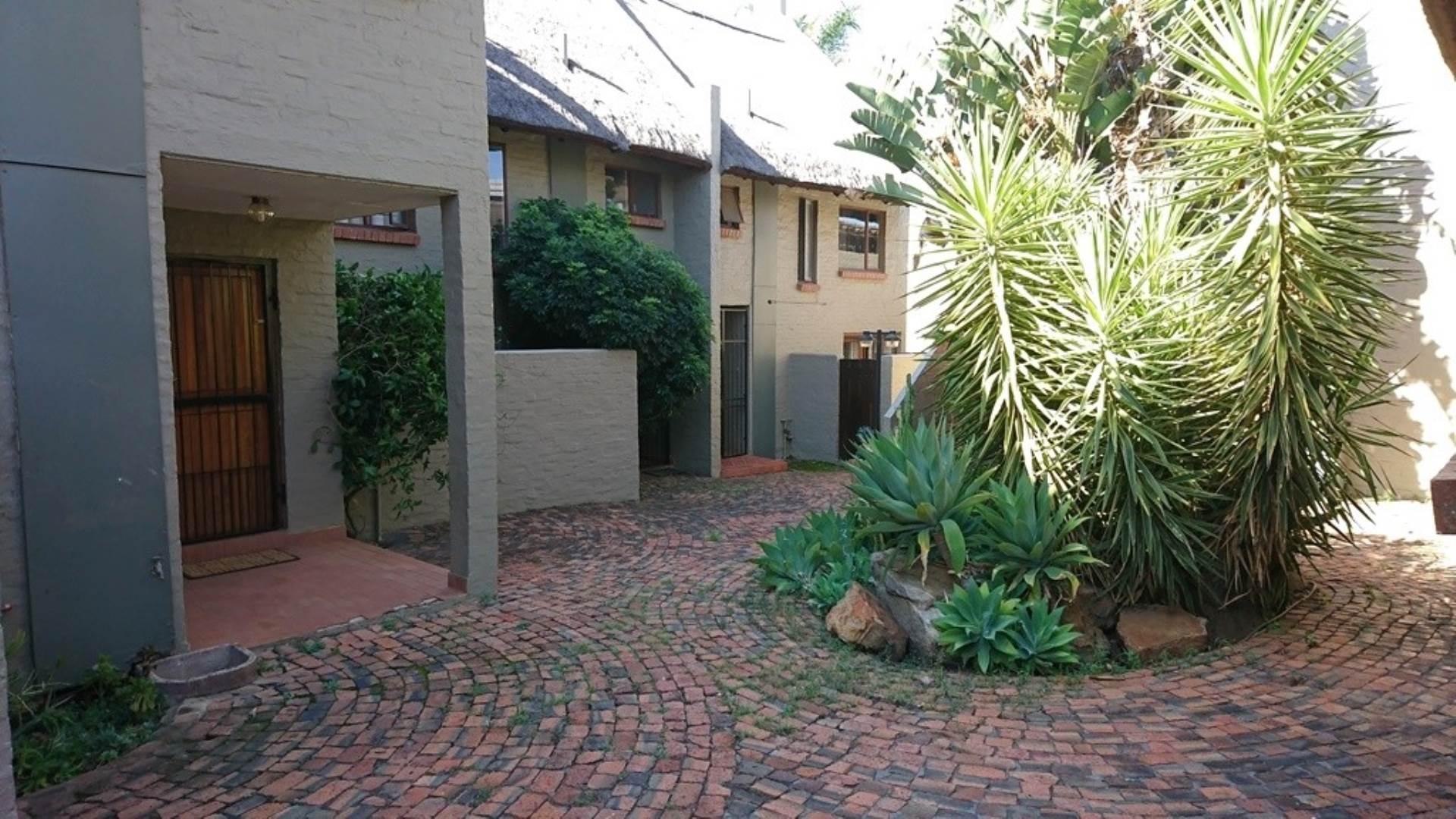 Pretoria, Wapadrand Property  | Houses To Rent Wapadrand, WAPADRAND, Townhouse 2 bedrooms property to rent Price:,  8,00*