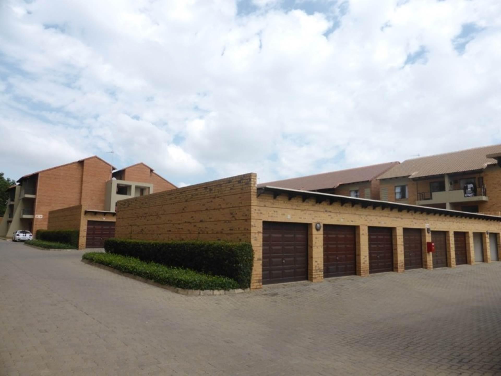 Pretoria, Hatfield Property  | Houses To Rent Hatfield, HATFIELD, Apartment 3 bedrooms property to rent Price:, 10,00*
