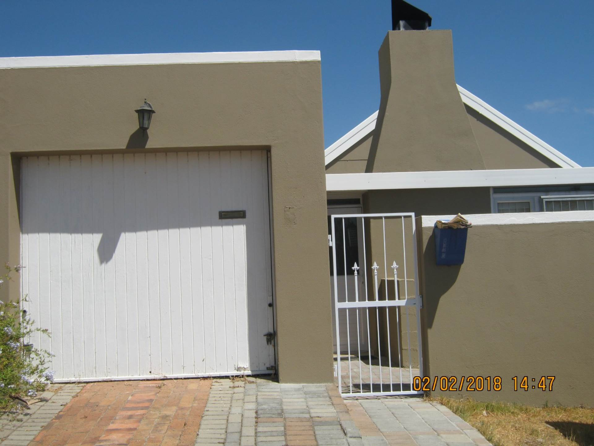 2 BedroomHouse To Rent In Protea Heights
