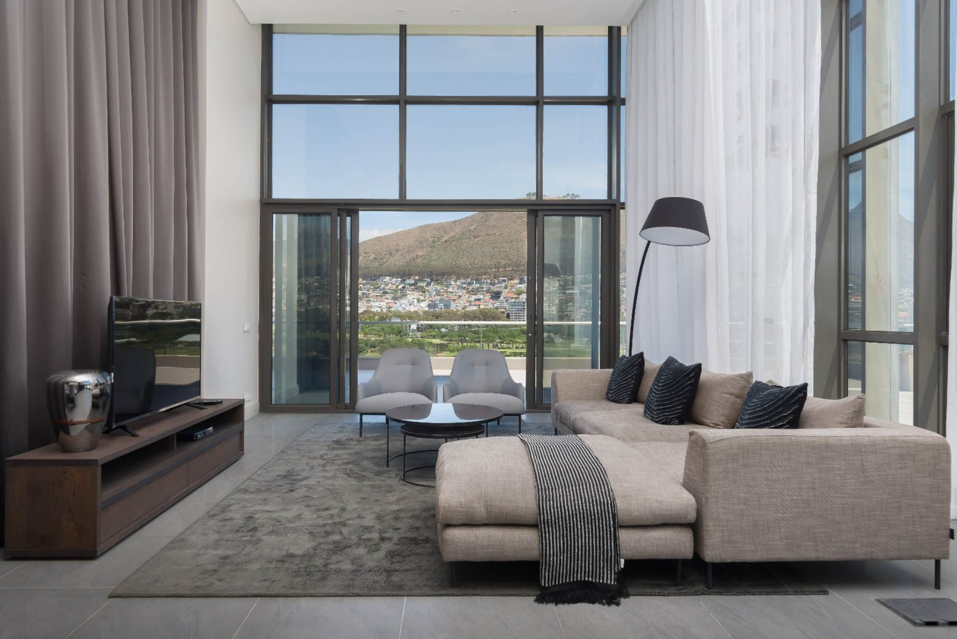 Cape Town, Mouille Point Property  | Houses To Rent Mouille Point, MOUILLE POINT, Penthouse 3 bedrooms property to rent Price:,100,00*